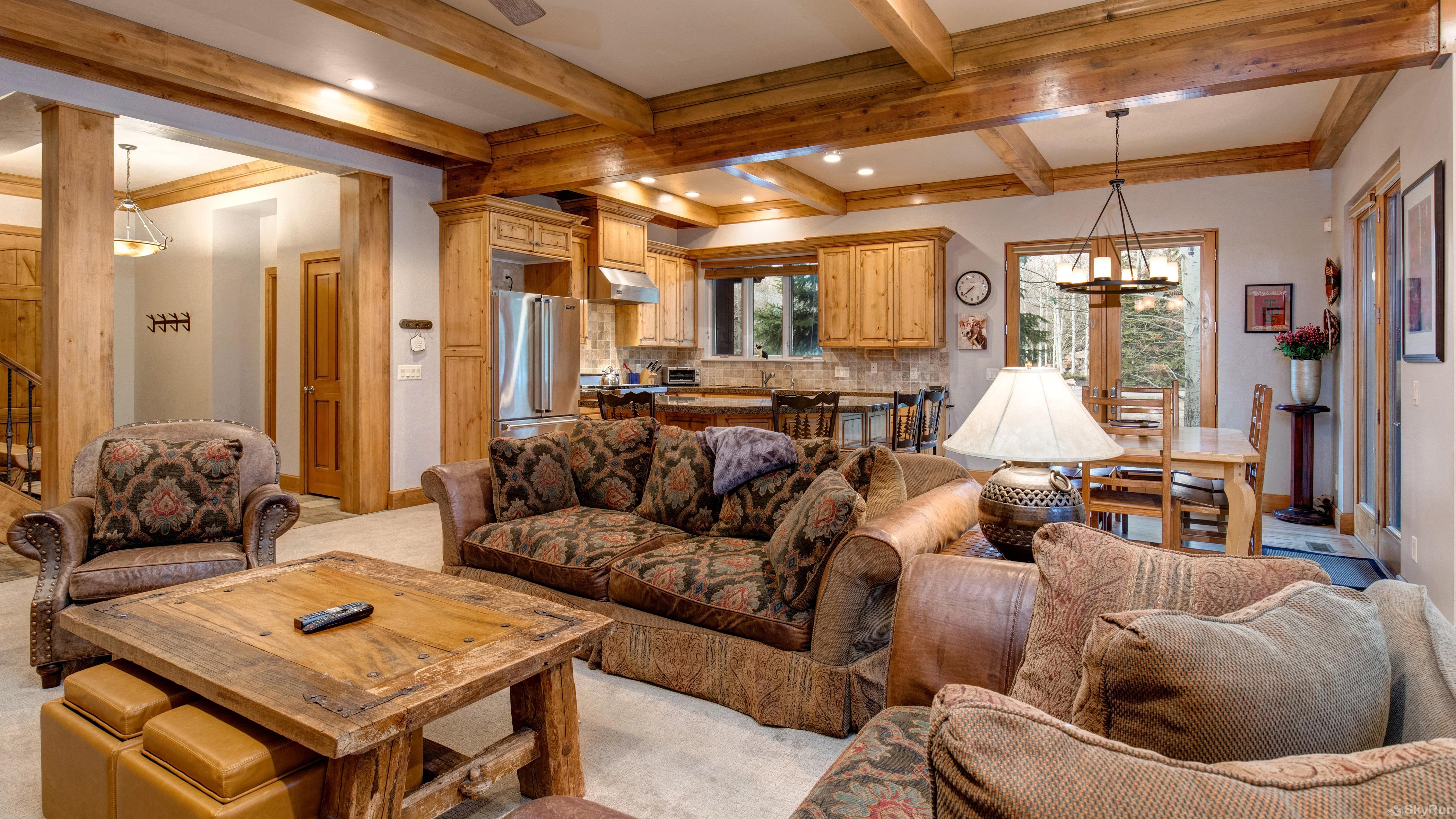 Telemark Ski Home. 5 Bedrooms. Sleeps 12 Beautiful Solamere Home