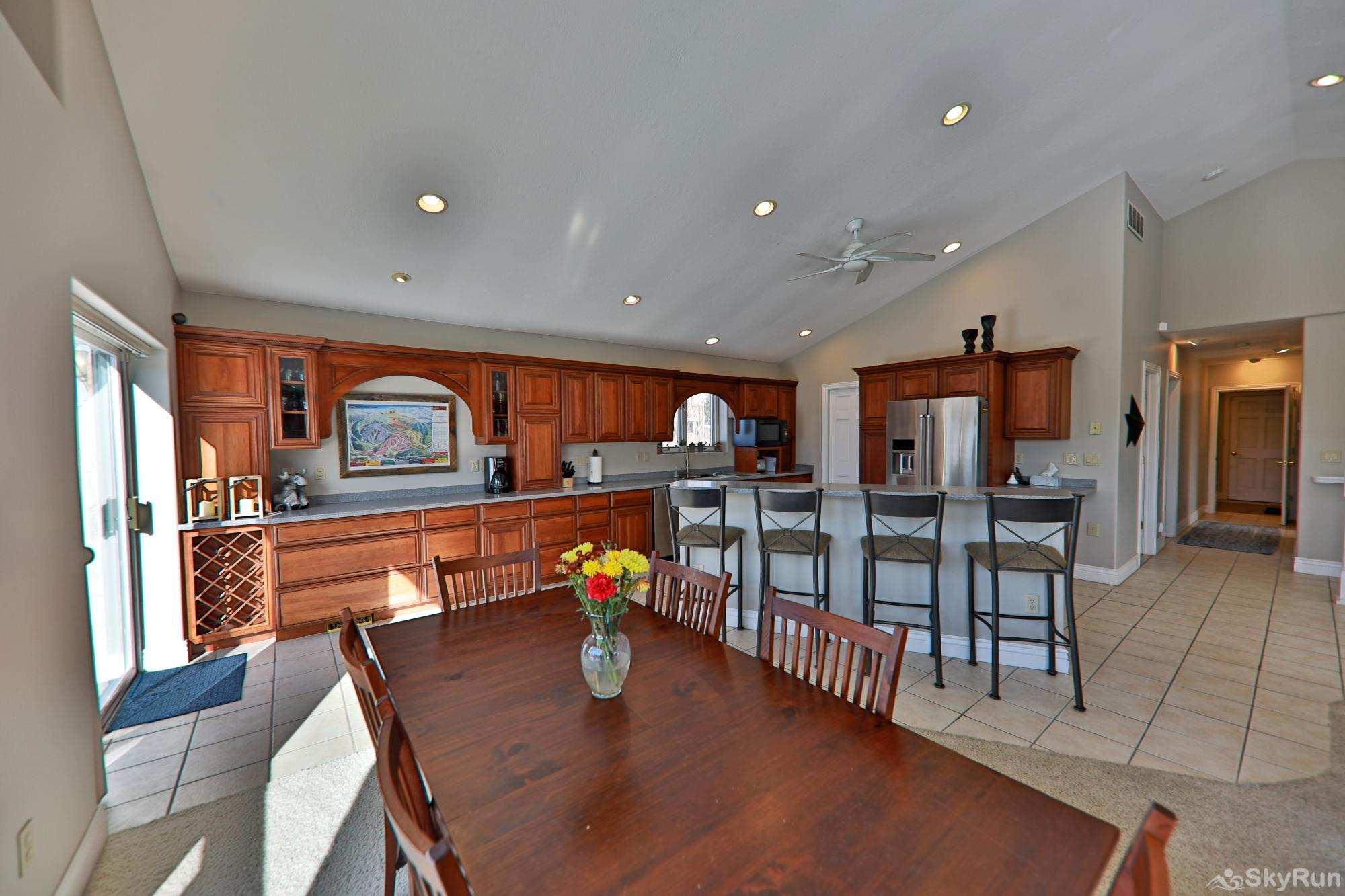 461 Balsh Kitchen with seating for 10