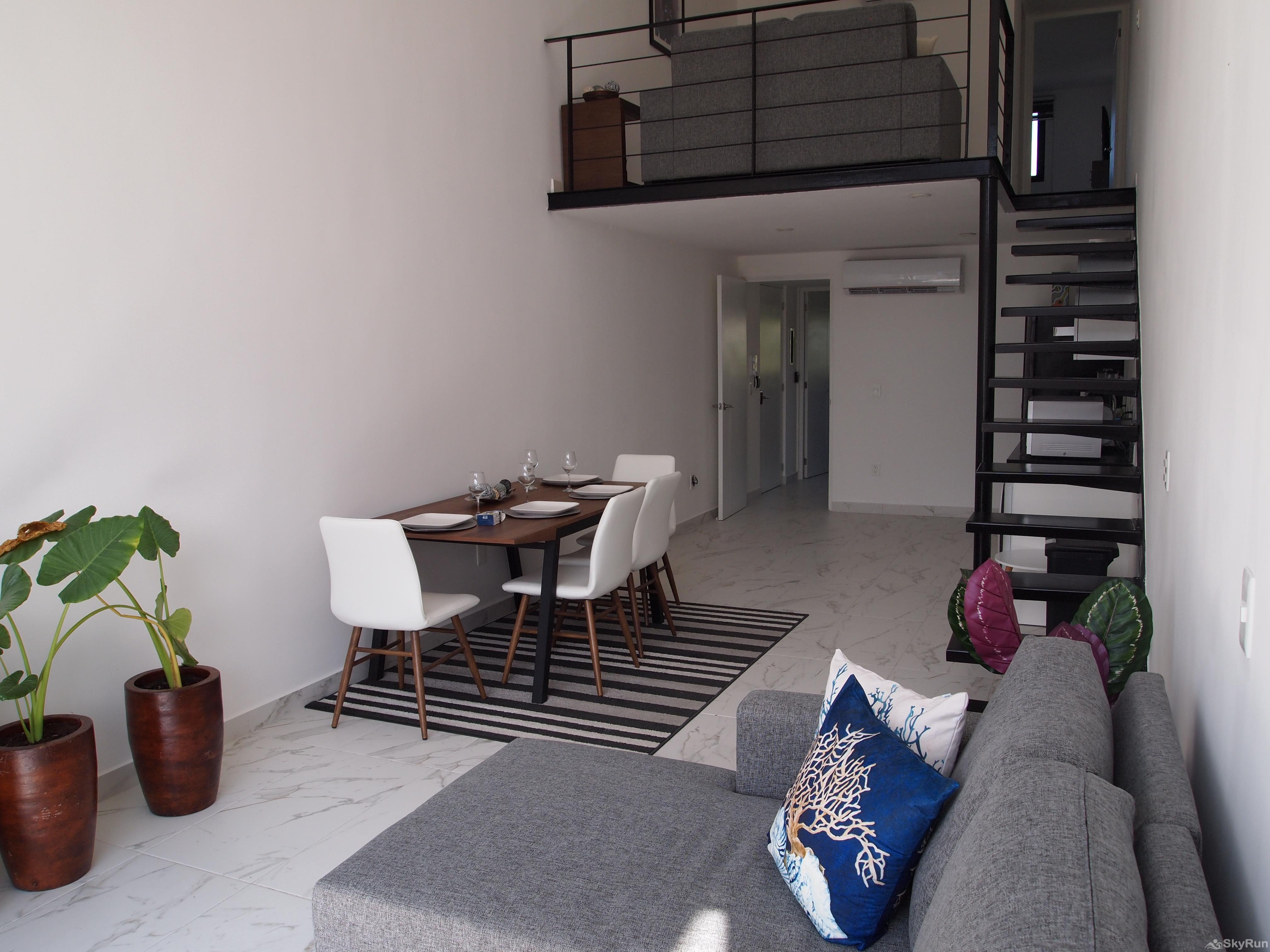 Best Condo in Playa del Carmen Close to 5th Avenida Outdoor Pool, Private Parking Loft with 2 Floors