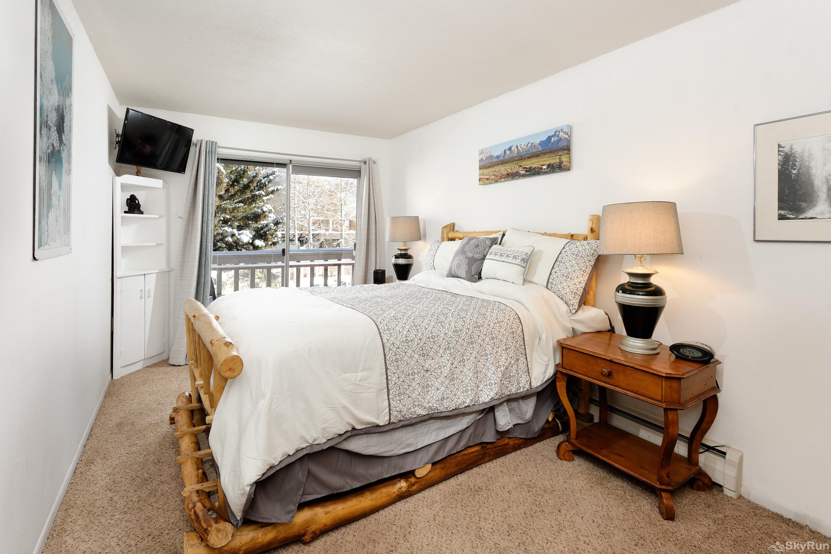 Timber Ridge Unit 2E Clean comfy bedroom for two