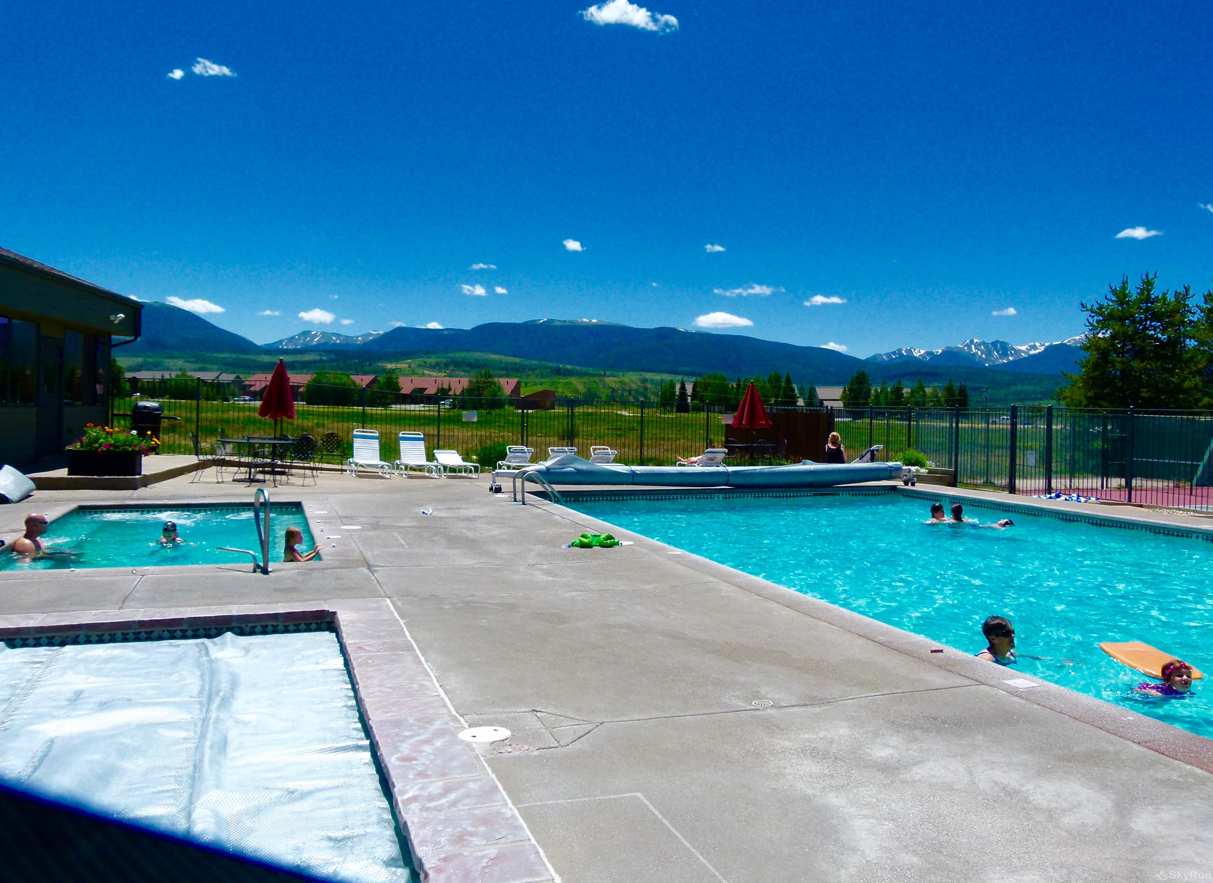 Meadow Ridge Court 4 Unit 5 Year Round Outdoor Pool with Views!