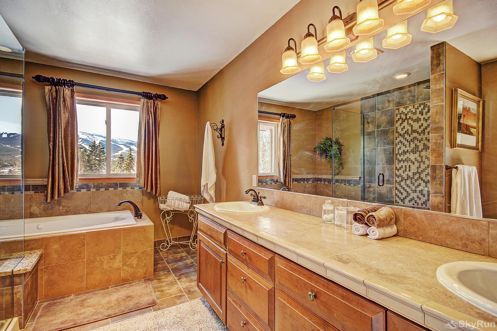 High Point Chateau King master ensuite bath