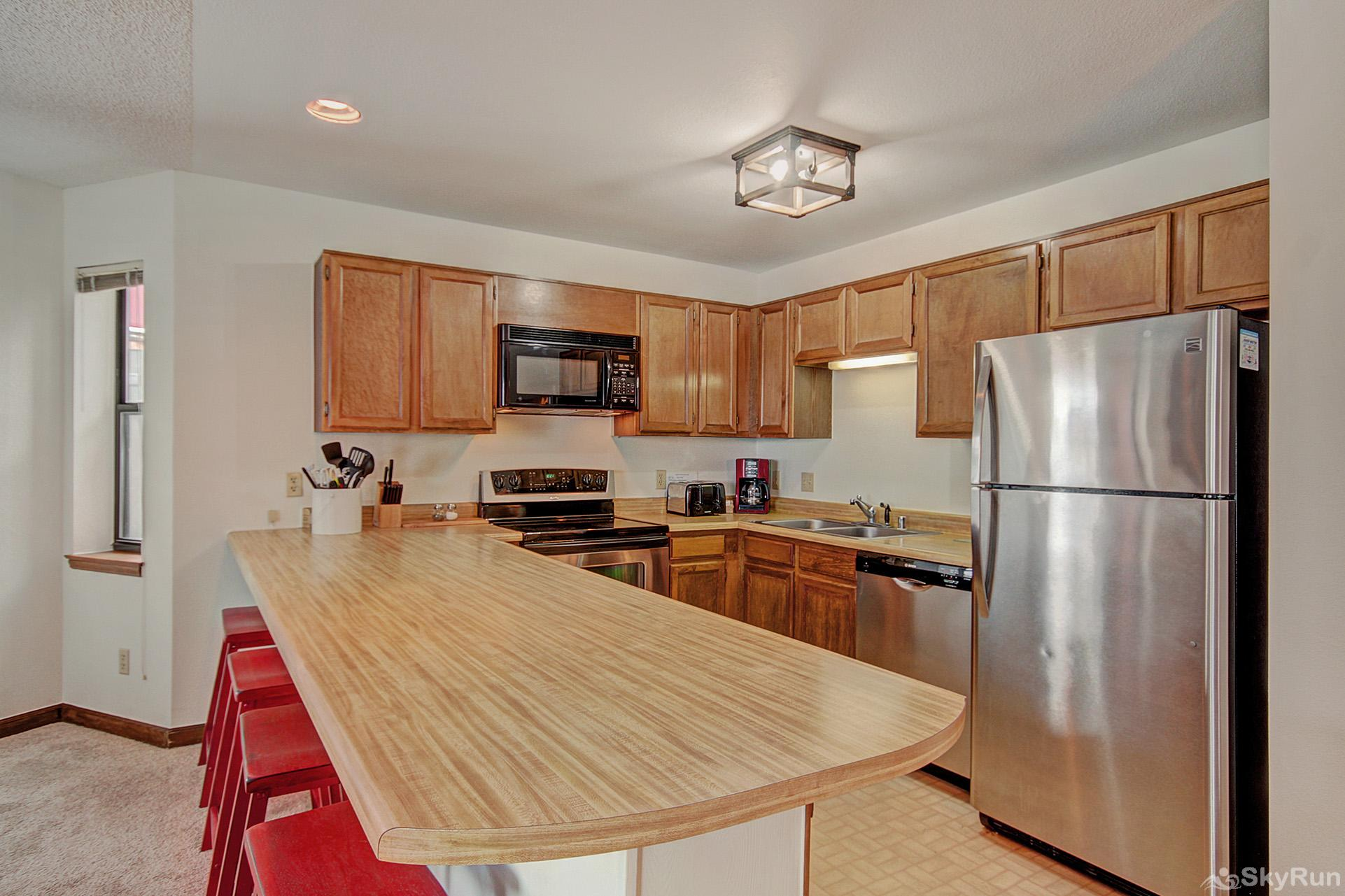 Tyra Summit A2F Enjoy home cooked meals with the convenience of a fully equipped kitchen