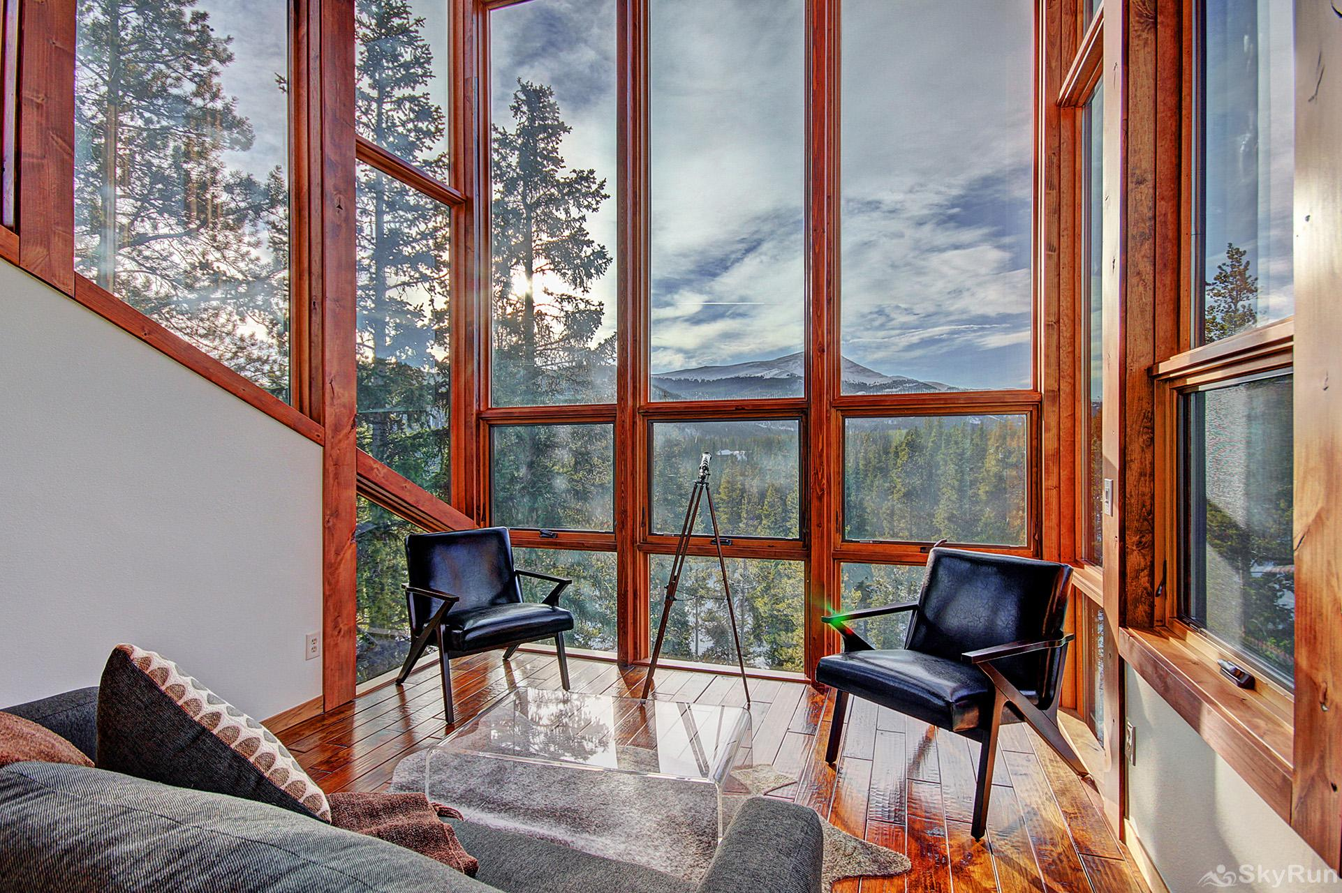 Summit Solitude Estate Stunning views from the top floor