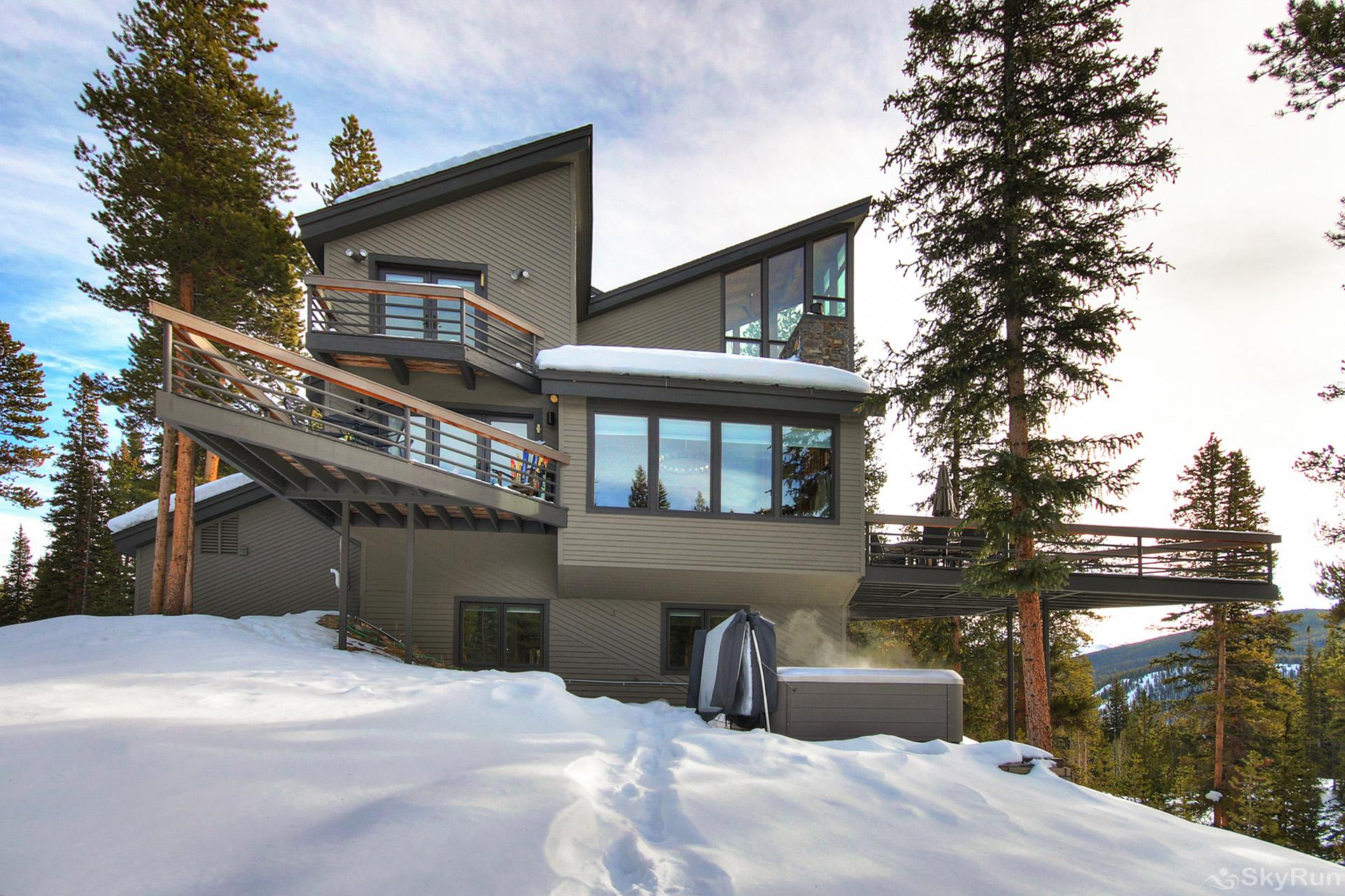 Summit Solitude Estate Beautiful Rocky Mountain vacation home