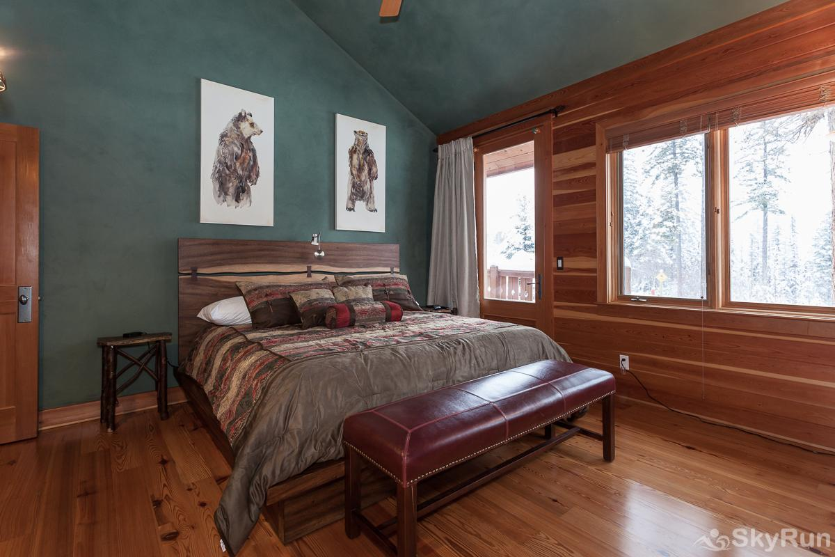 Highland Huckleberry Lodge The Two Bear Master Suite is outfitted with a brand new king sized bed, fireplace, TV and spectacular views