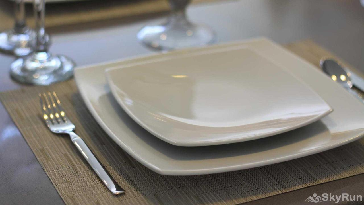 Modern Beach Anah 006D | Downtown Playa del Carmen Luxury dinning ware and glassware in gourmet kitchen