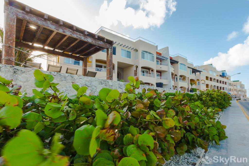 NEW Romantic getaway condo 1 bedroom Isla Mujeres Isla 33 villas