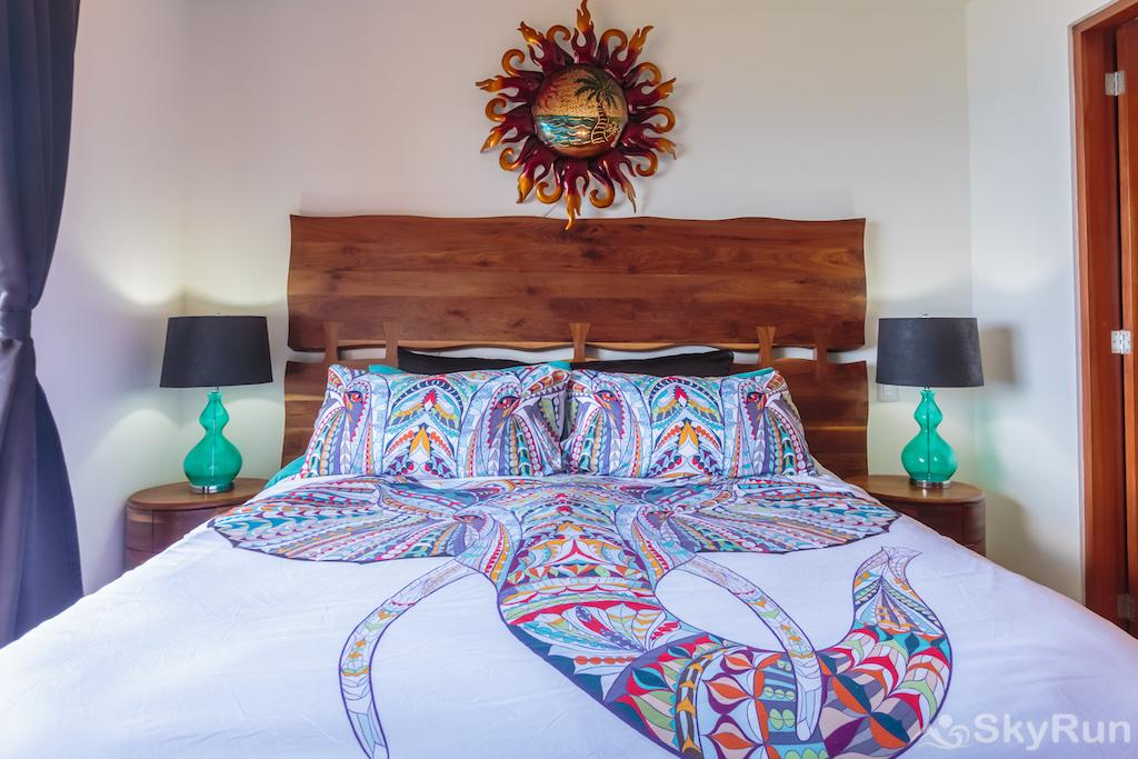 NEW Romantic getaway condo 1 bedroom Isla Mujeres Fancy and chic King Bedroom