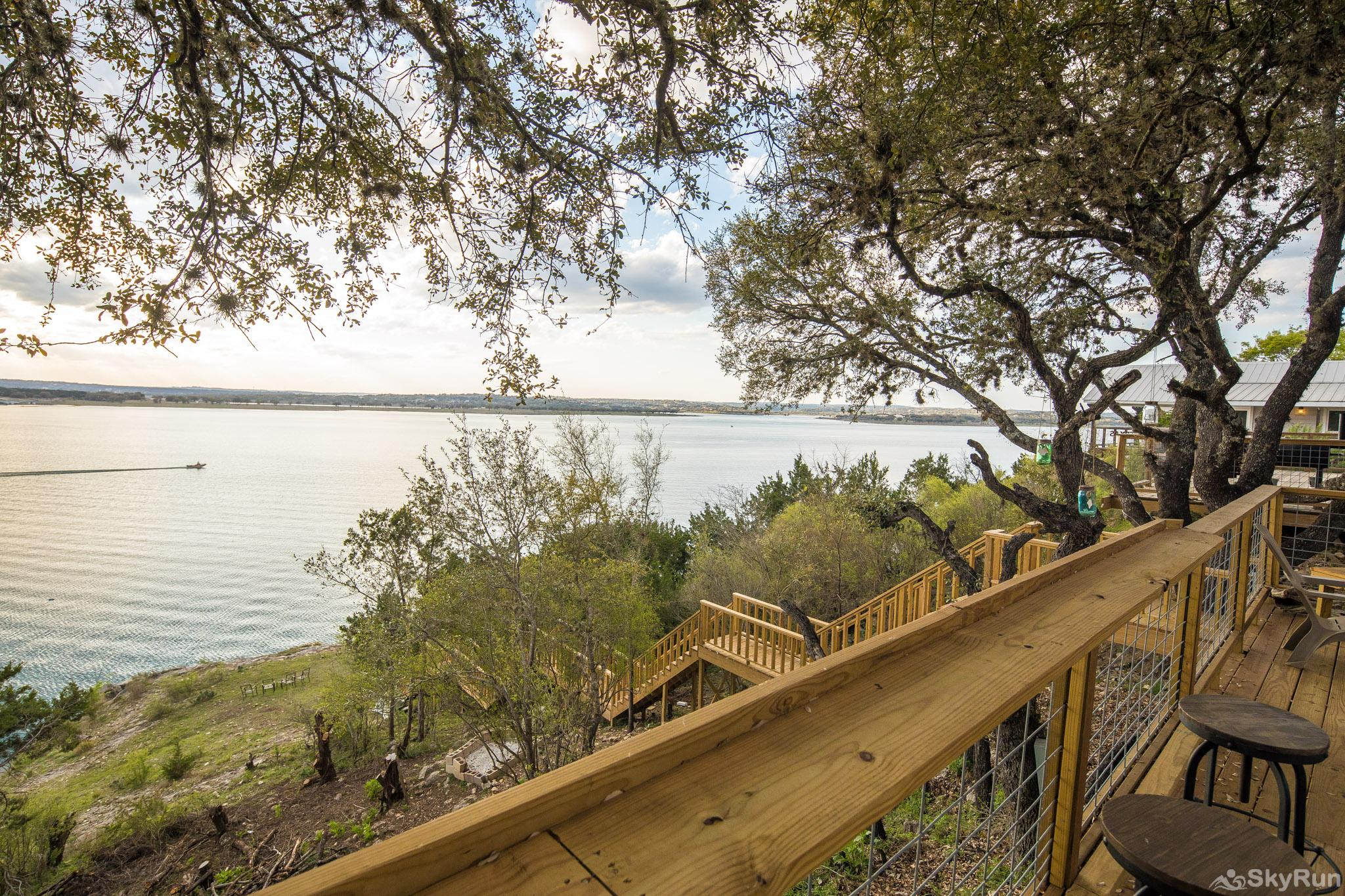 CLIFF HOUSE AT CANYON LAKE Rent a boat and explore Canyon Lake to its fullest