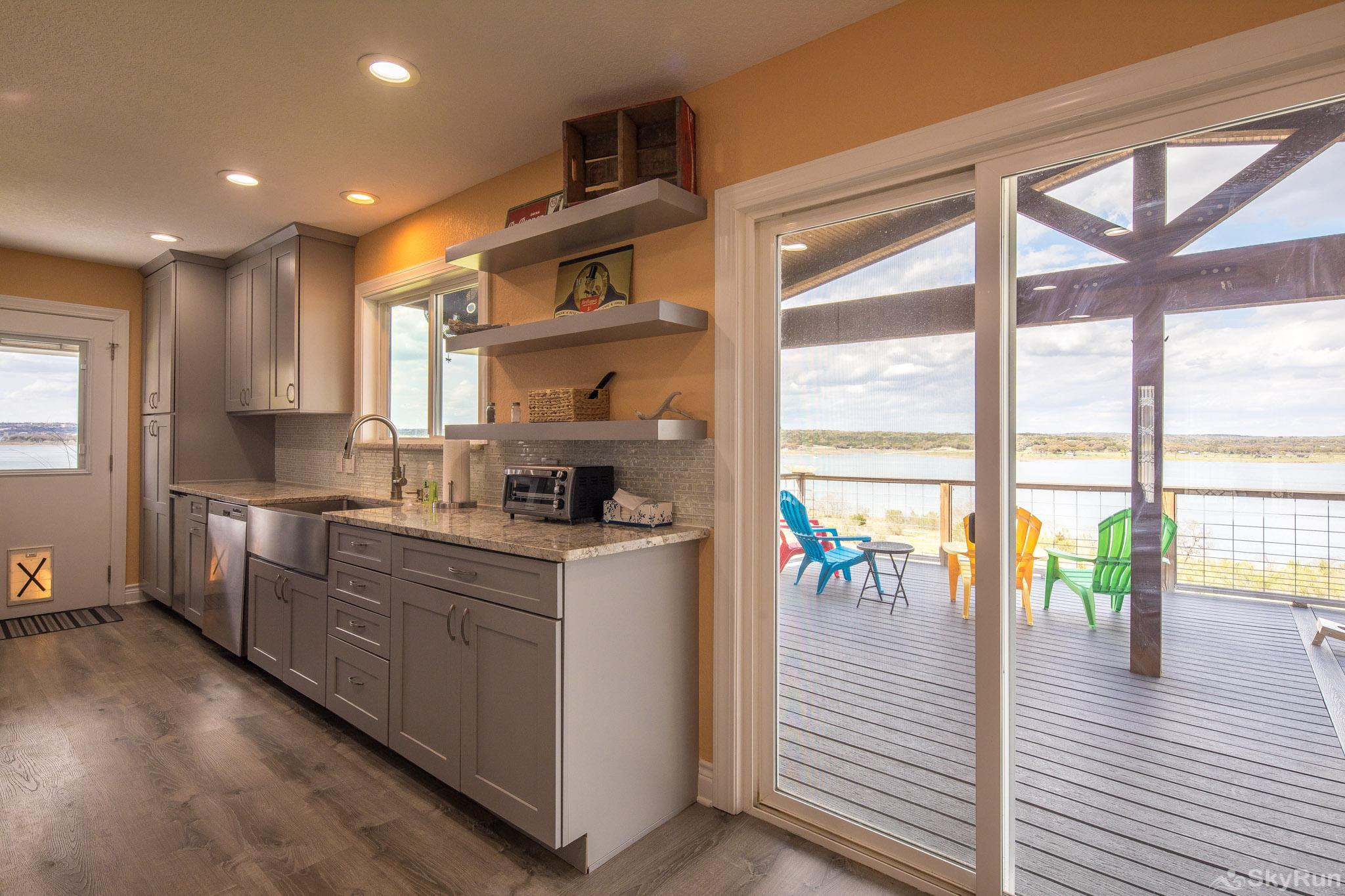 LEDGEROCK POINTE Enjoy clear views of the lake from multiple rooms