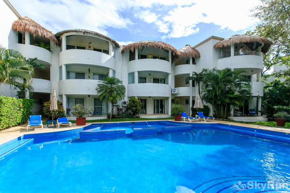 Beach Condo Casa de Canciones Rosa Blanca Playacar 2bdr Outdoor Pool Private Community Beach Condo