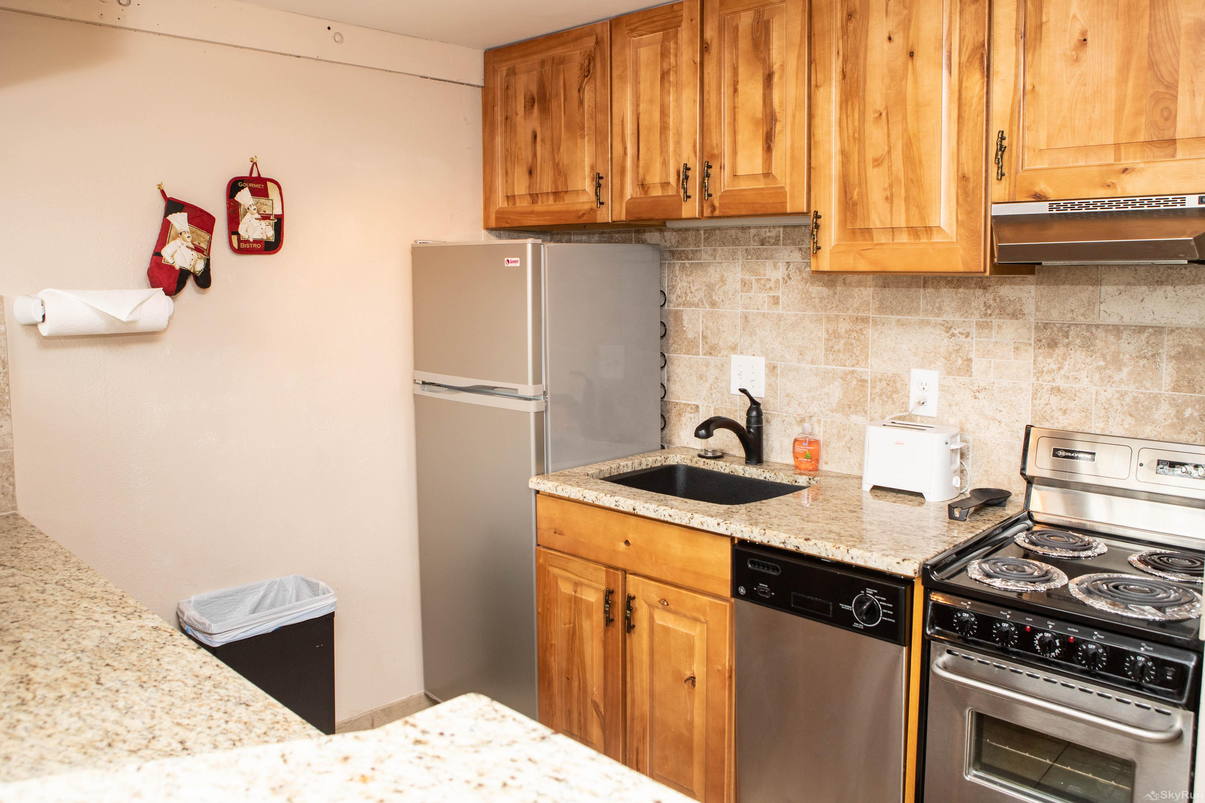 Homestake Condos B107 Kitchen