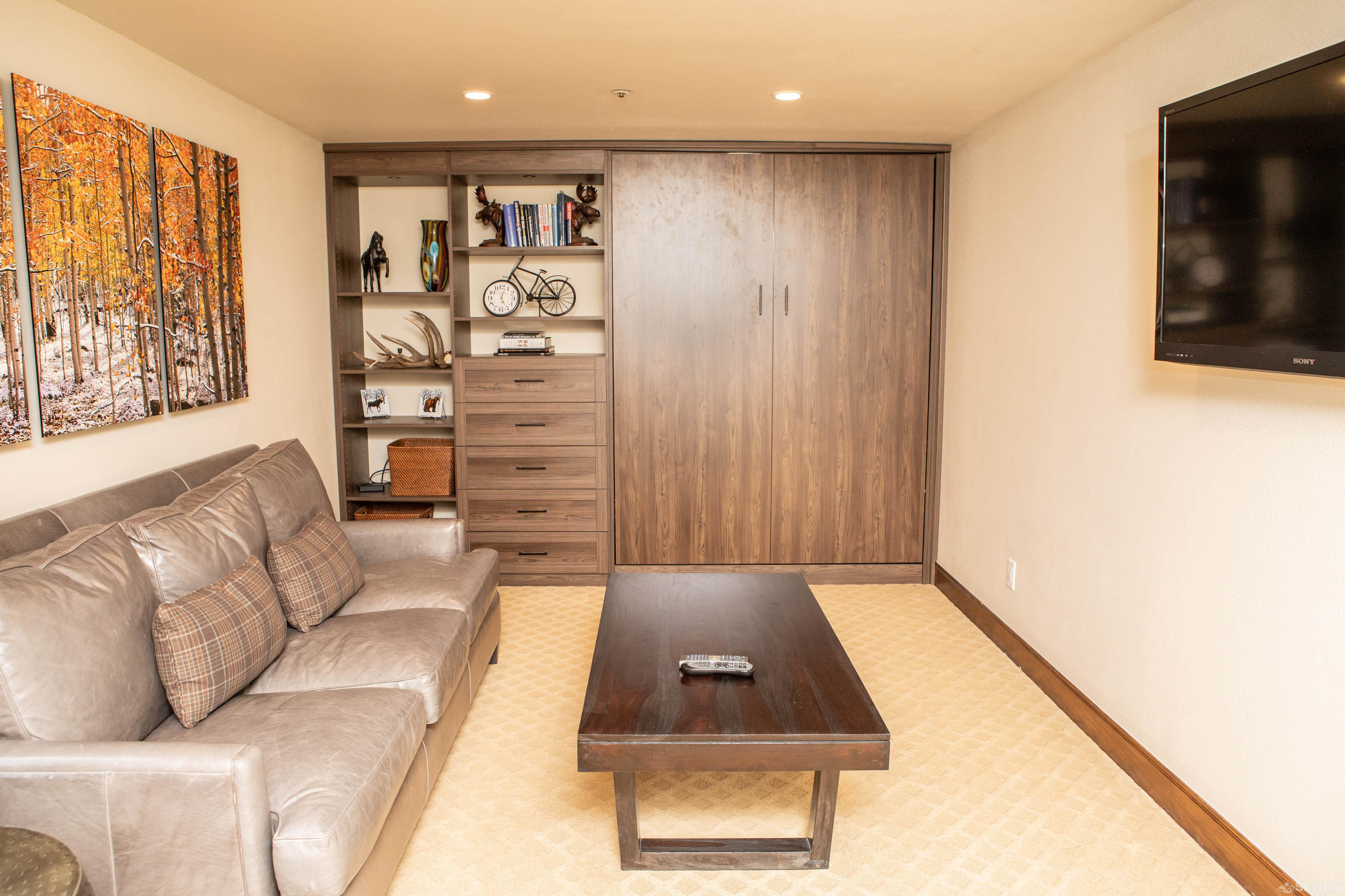 The Pines Lodge TH3 Den with Murphy bed