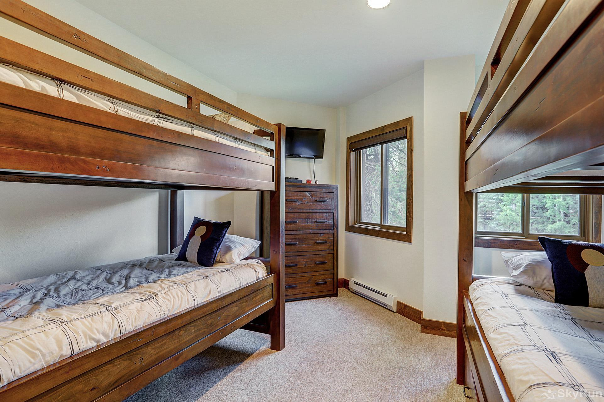 Village at Breck Chateaux 1022 Bunk bed room with flat screen TV