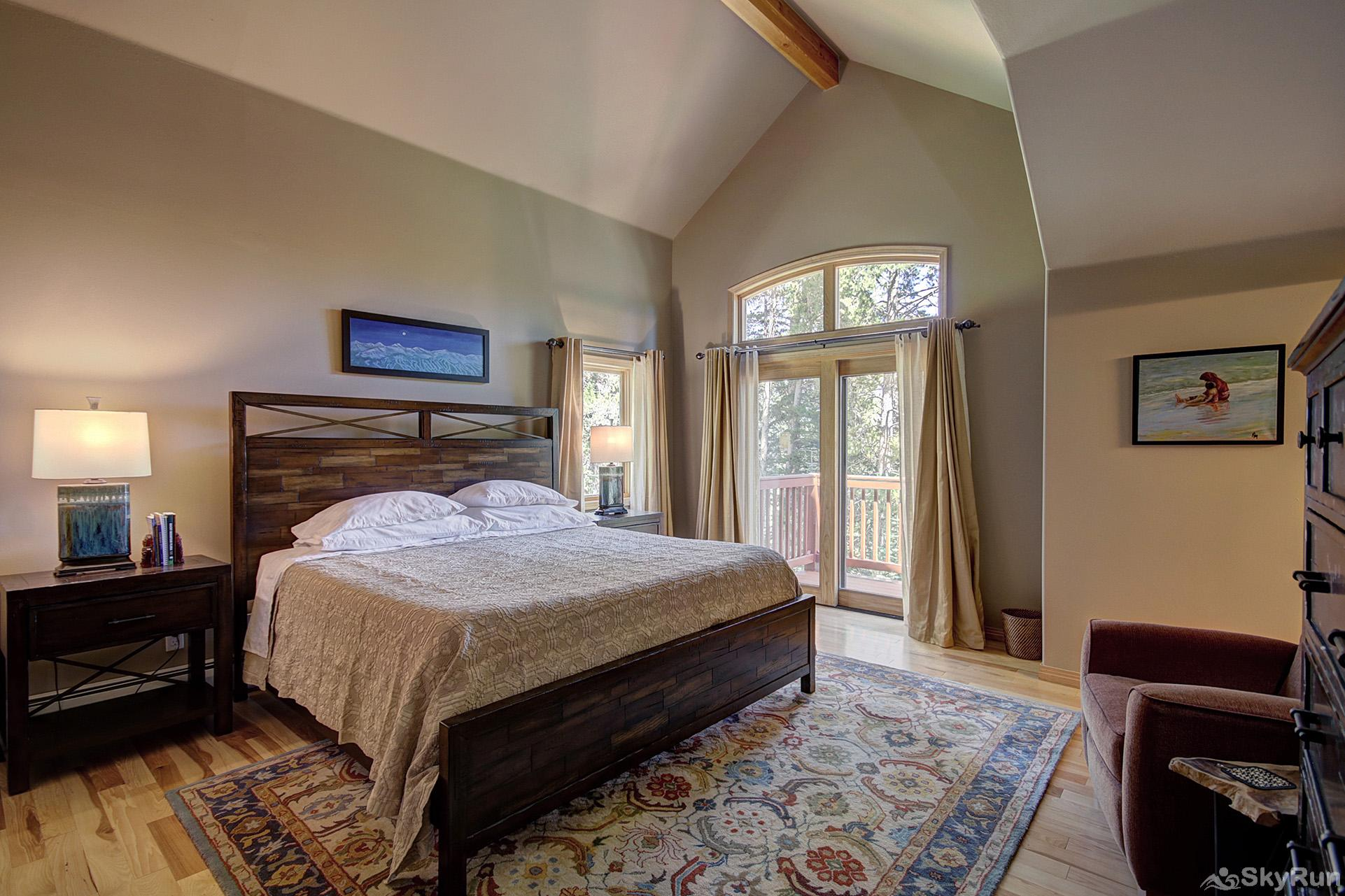 Tall Pines Lodge Upper level king master bedroom with ensuite bath
