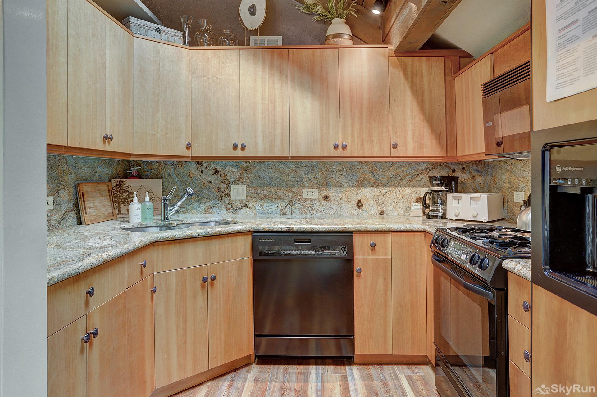 Mill Run 3 Prepare tasty home cooked meals with the convenience of a fully equipped kitchen
