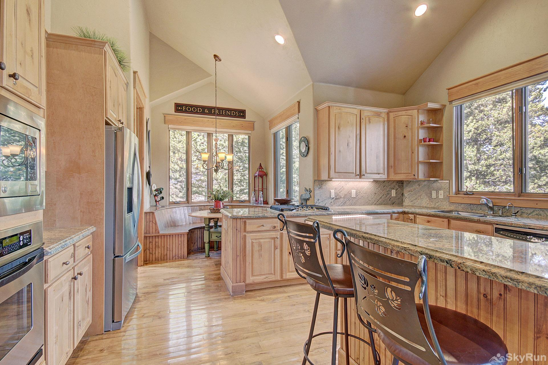 170 Elk Circle Breakfast Bar