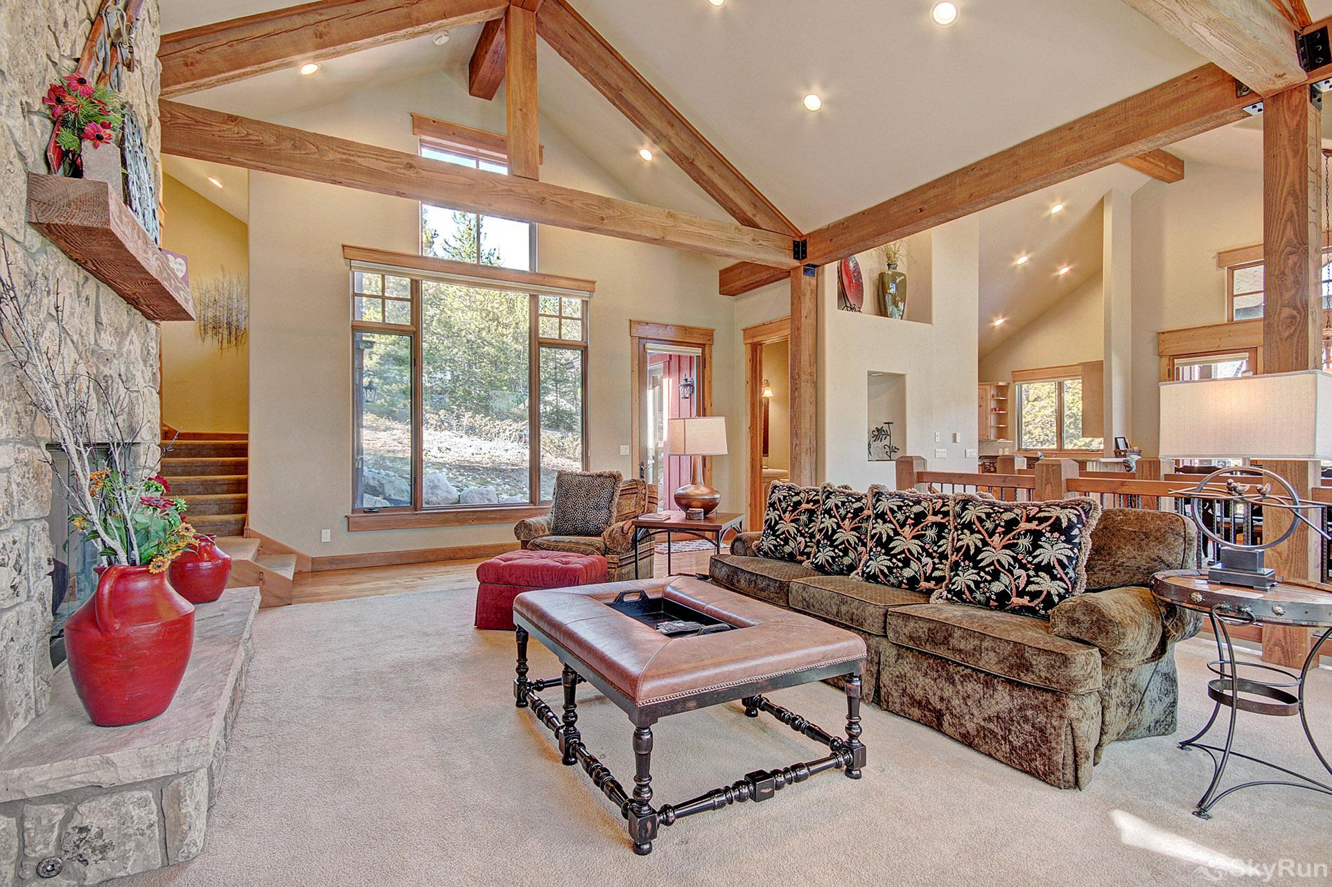 170 Elk Circle Living Room