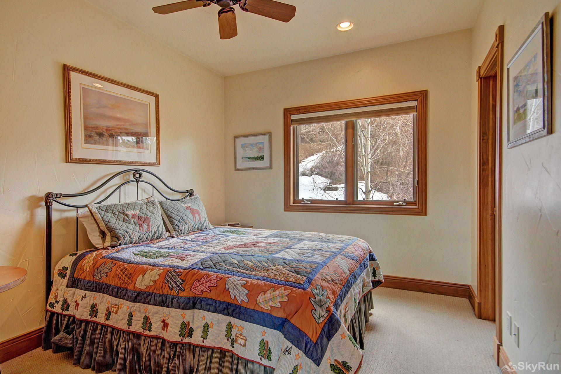 CrossTimbers 2784 This guestroom is perfect for getting away from it all.