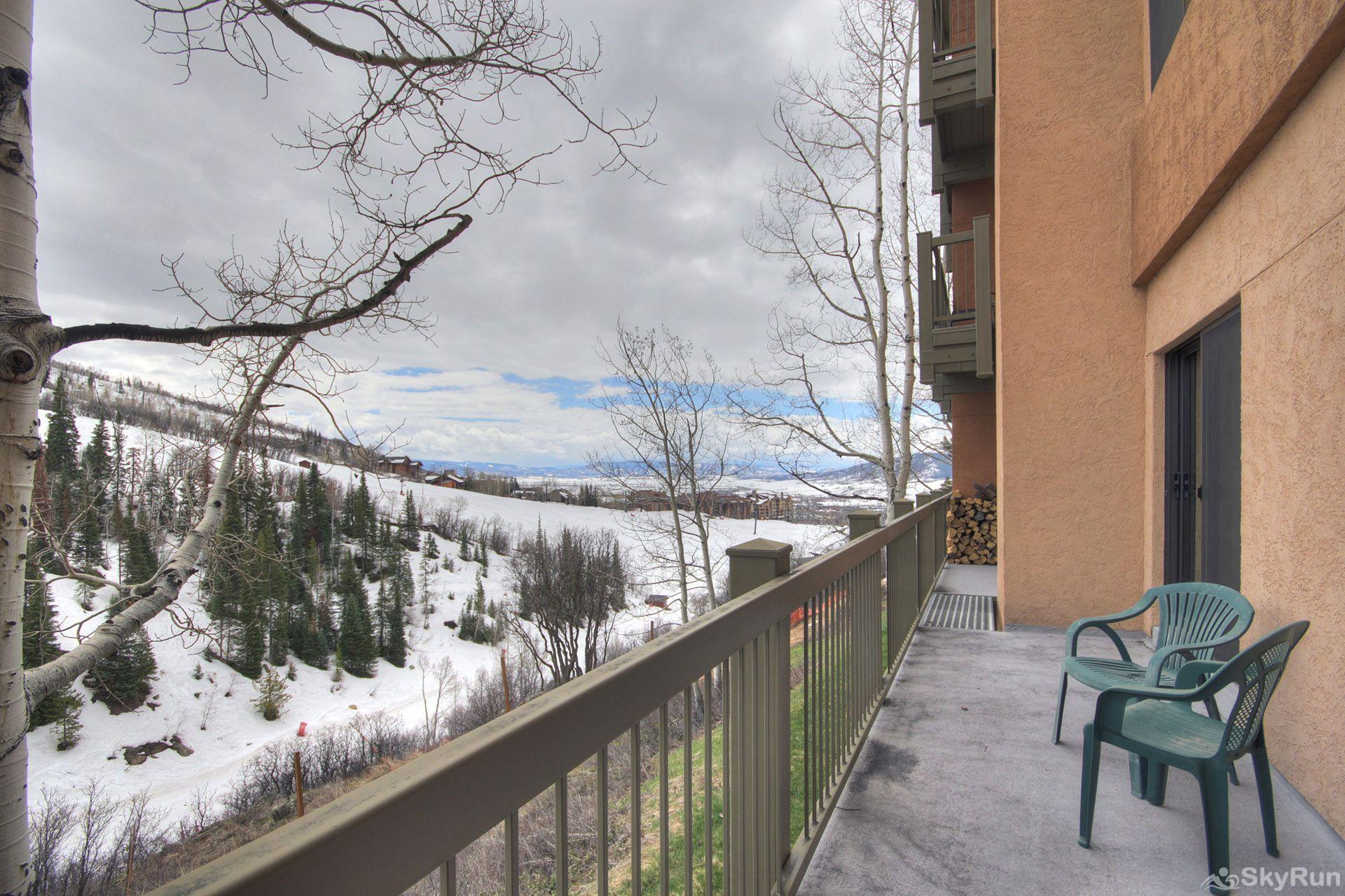 Storm Meadows Club B217 Admire the amazing mountain views from your private balcony...