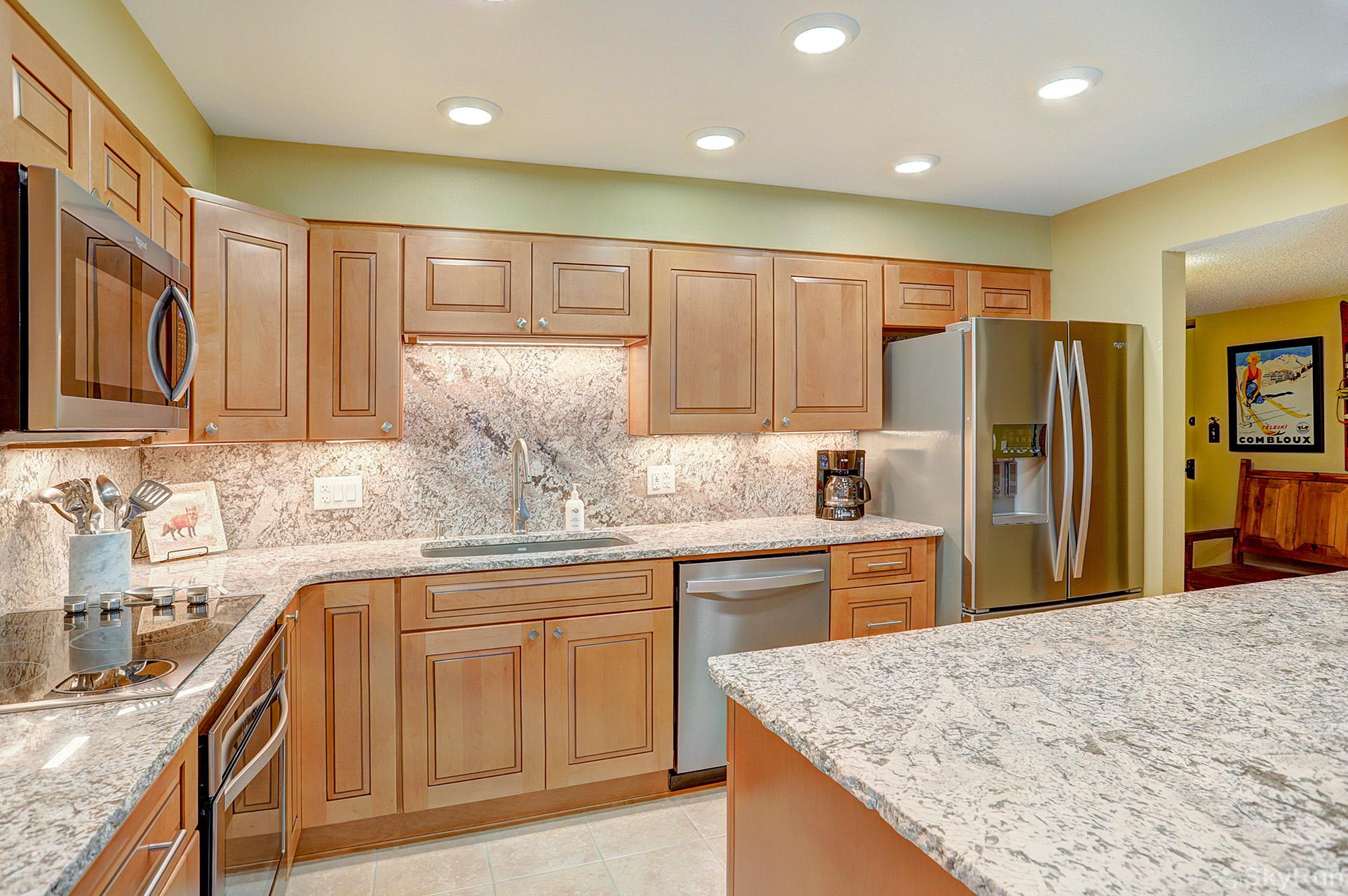 Powderhorn C302 Beautifully remodeled kitchen with modern appliances