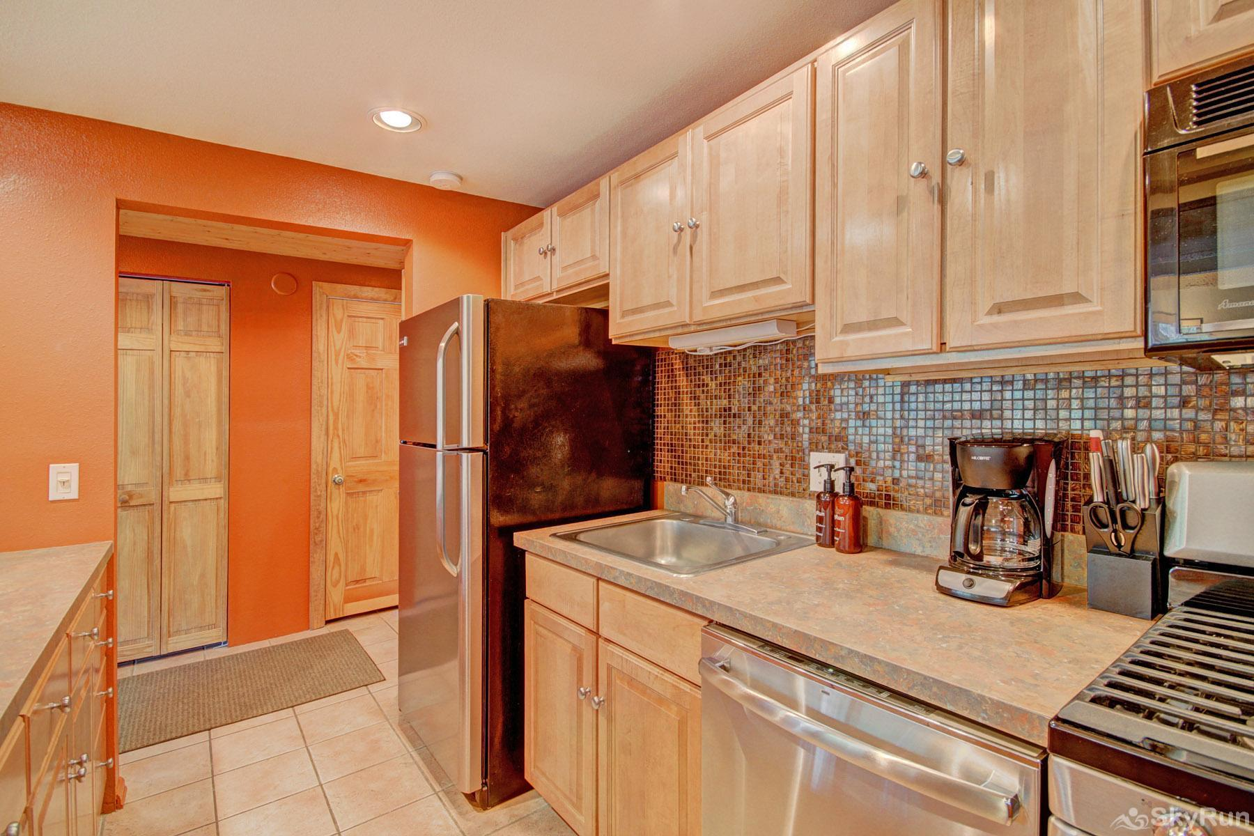 The Lift C212 Fully equipped kitchen updated with modern appliances