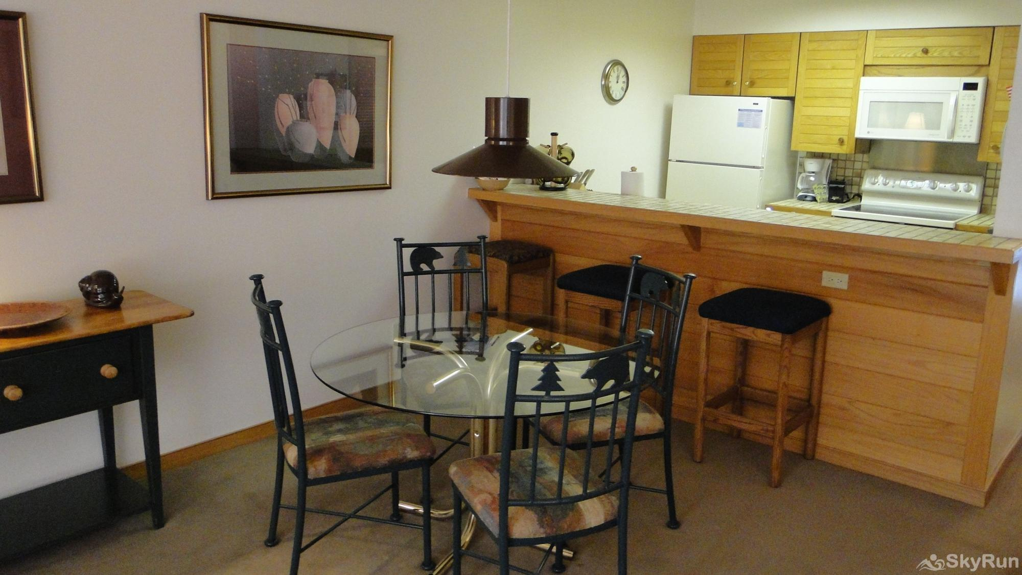 204 Ski Run Dining Room