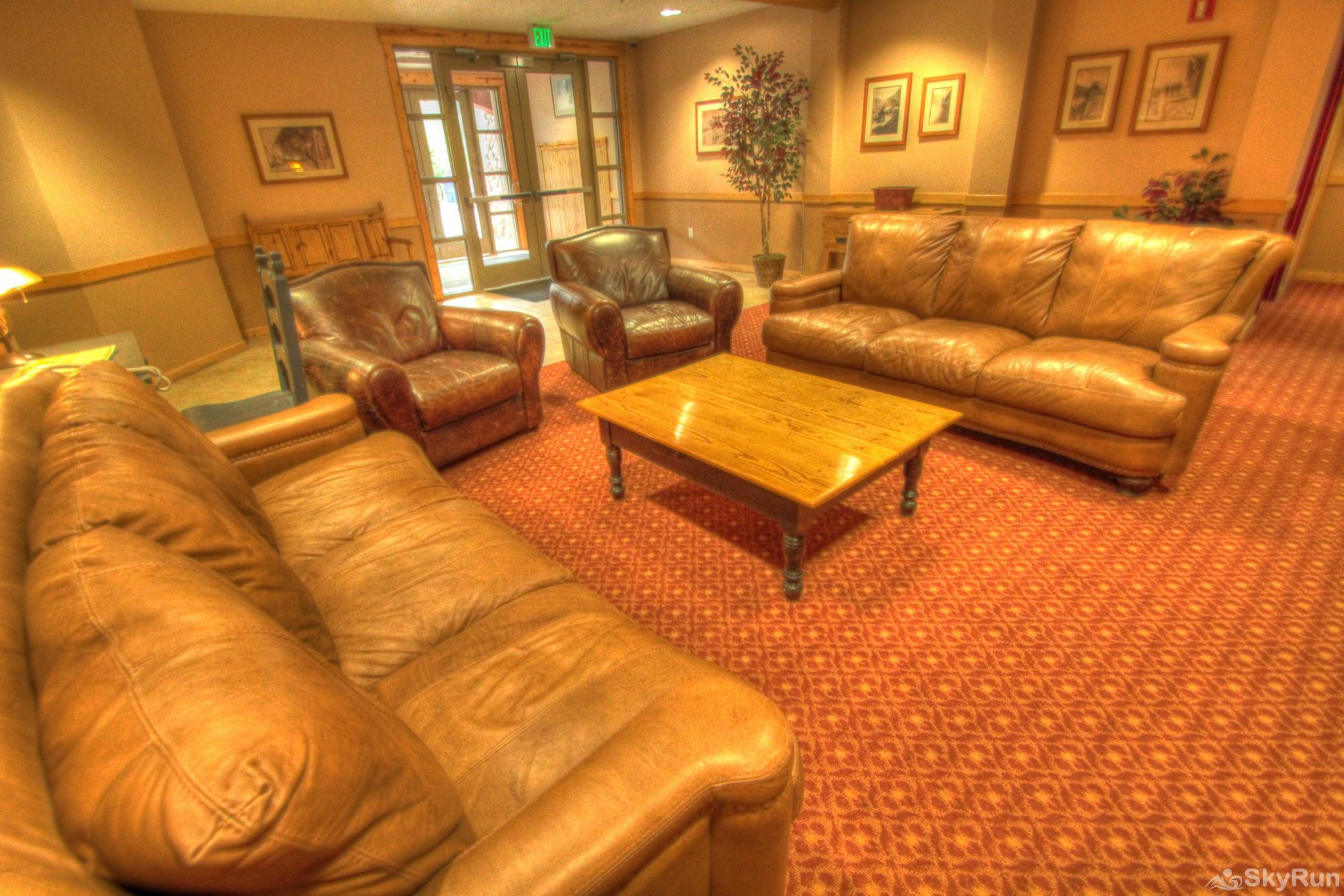 TM407BR1 Tucker Mtn Lodge Tucker Mountain Lodge's Lobby