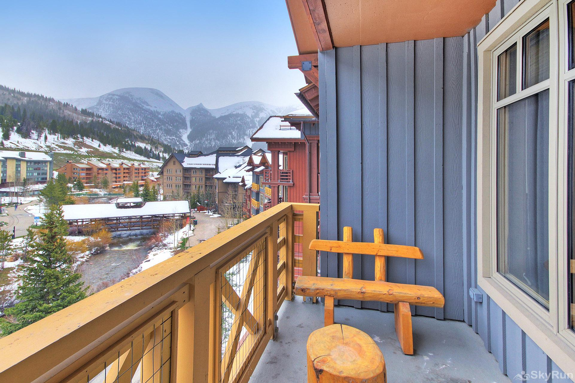 TM525BR1 Tucker Mtn Lodge Balcony View
