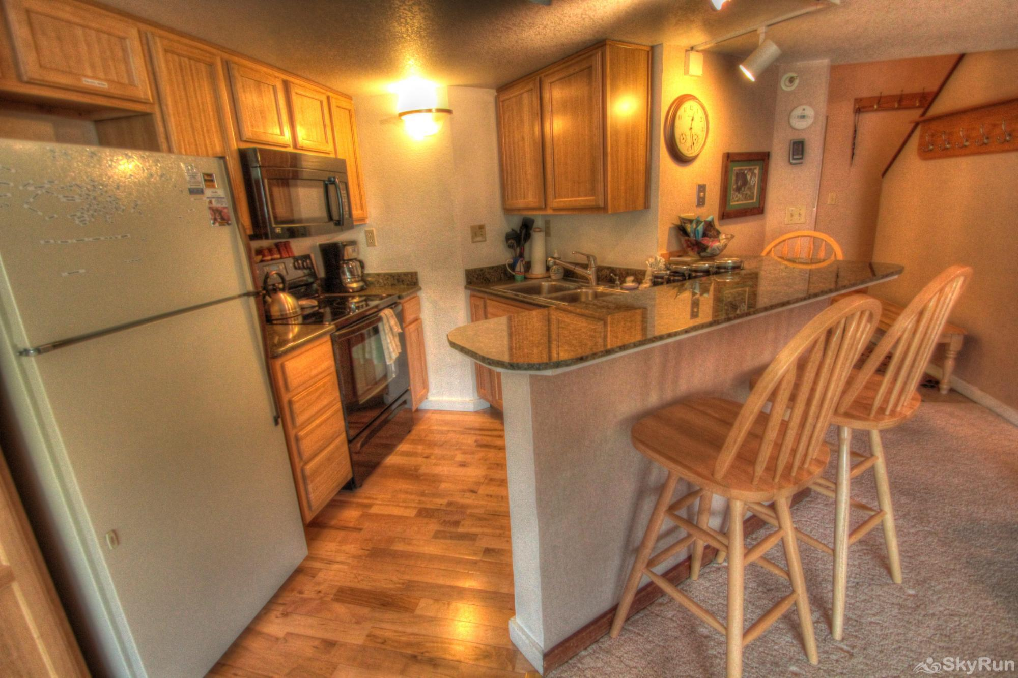 TL505 Telemark Lodge 1BR 2BA Kitchen