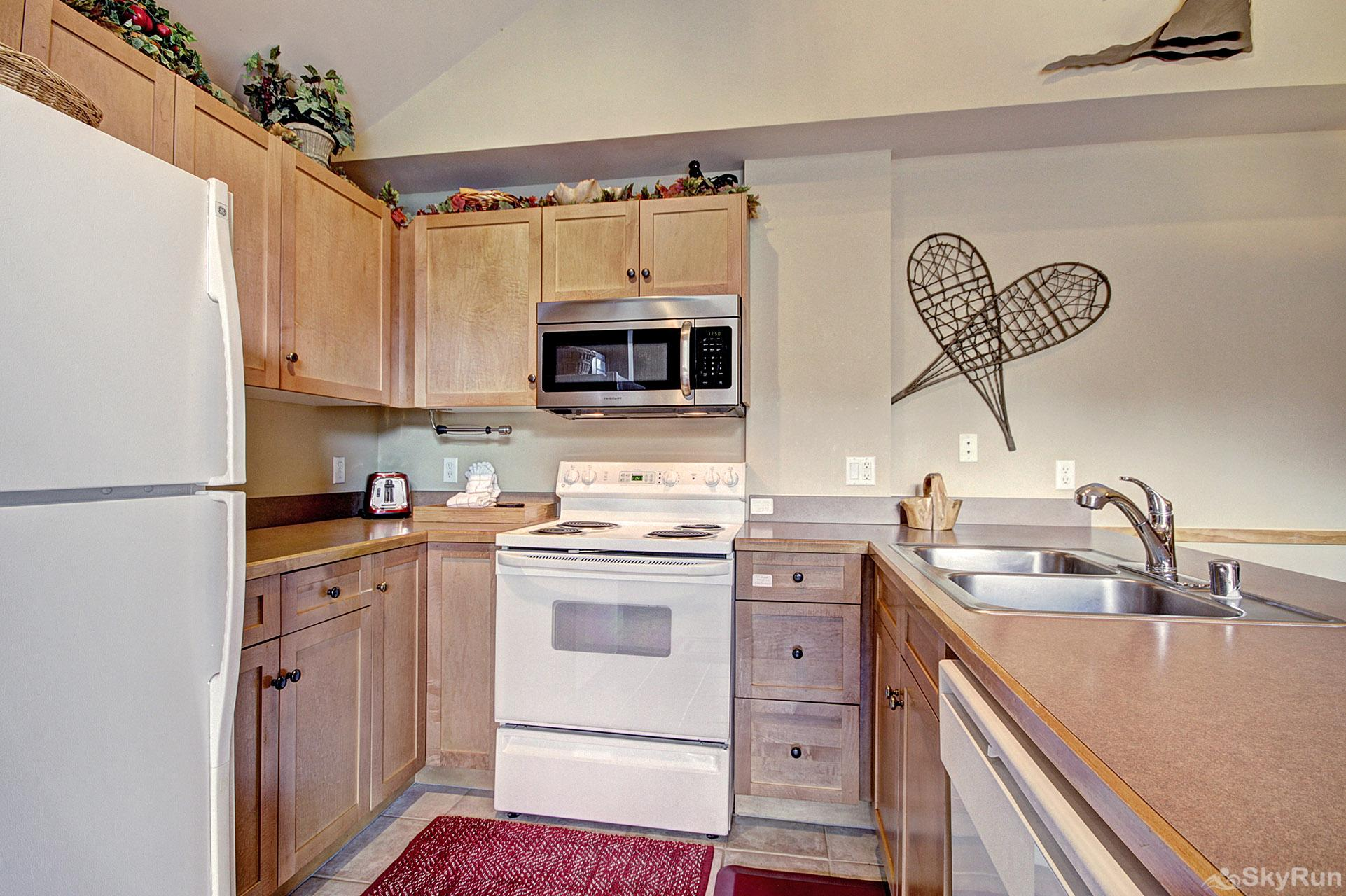 CS210 Copper Springs Fully Equipped Kitchen