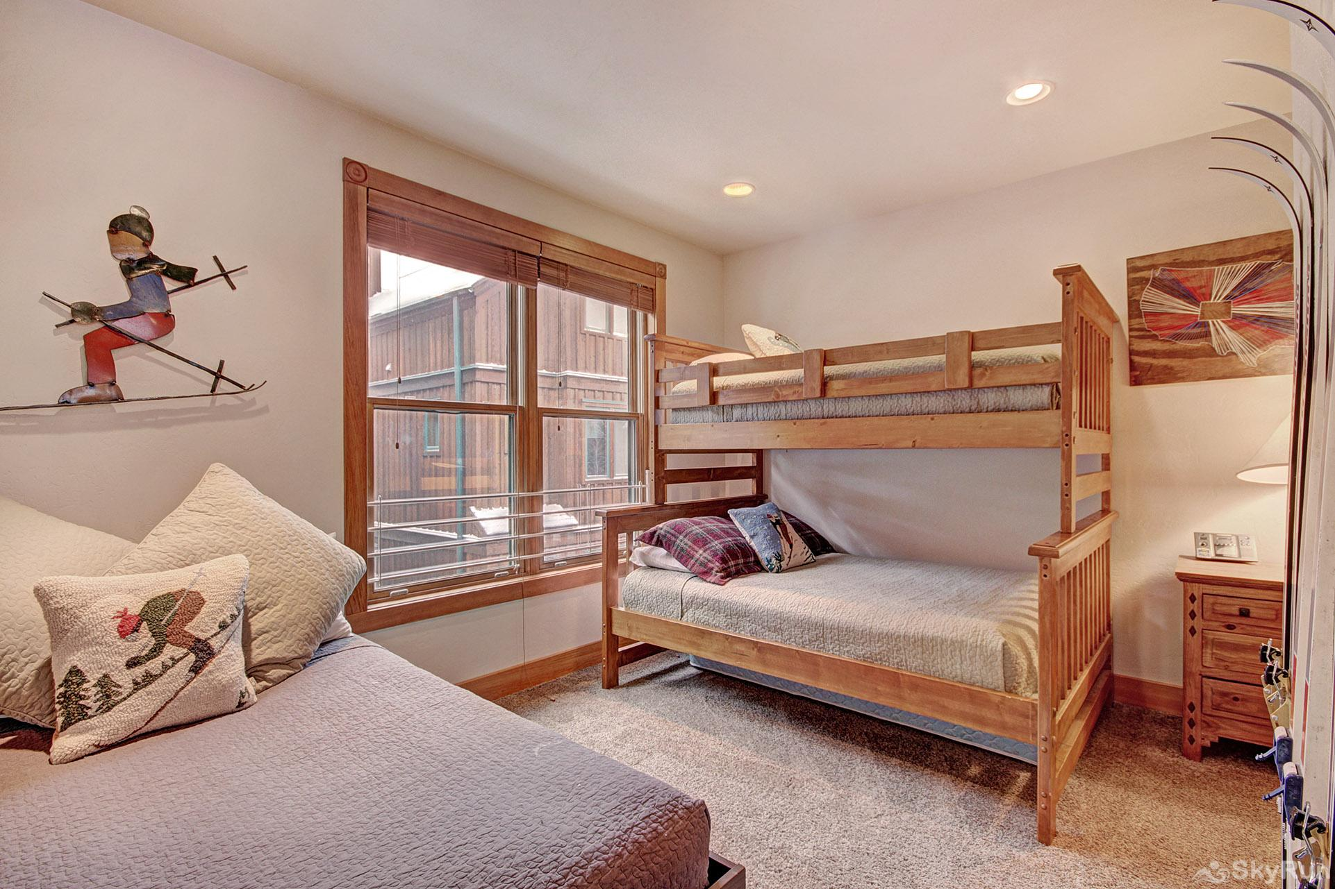River Run Mill Creek Combo (72 River Run Road) 202 Bunk Bed Room