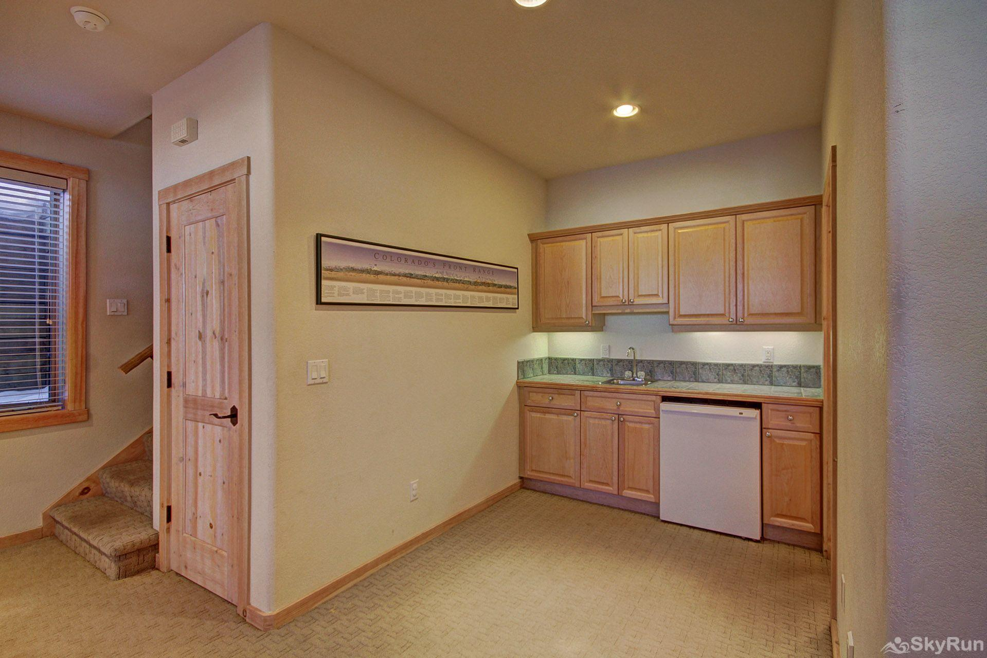 EN402 Ranch at Eagles Nest 3BR 4BA Wet bar on lower level
