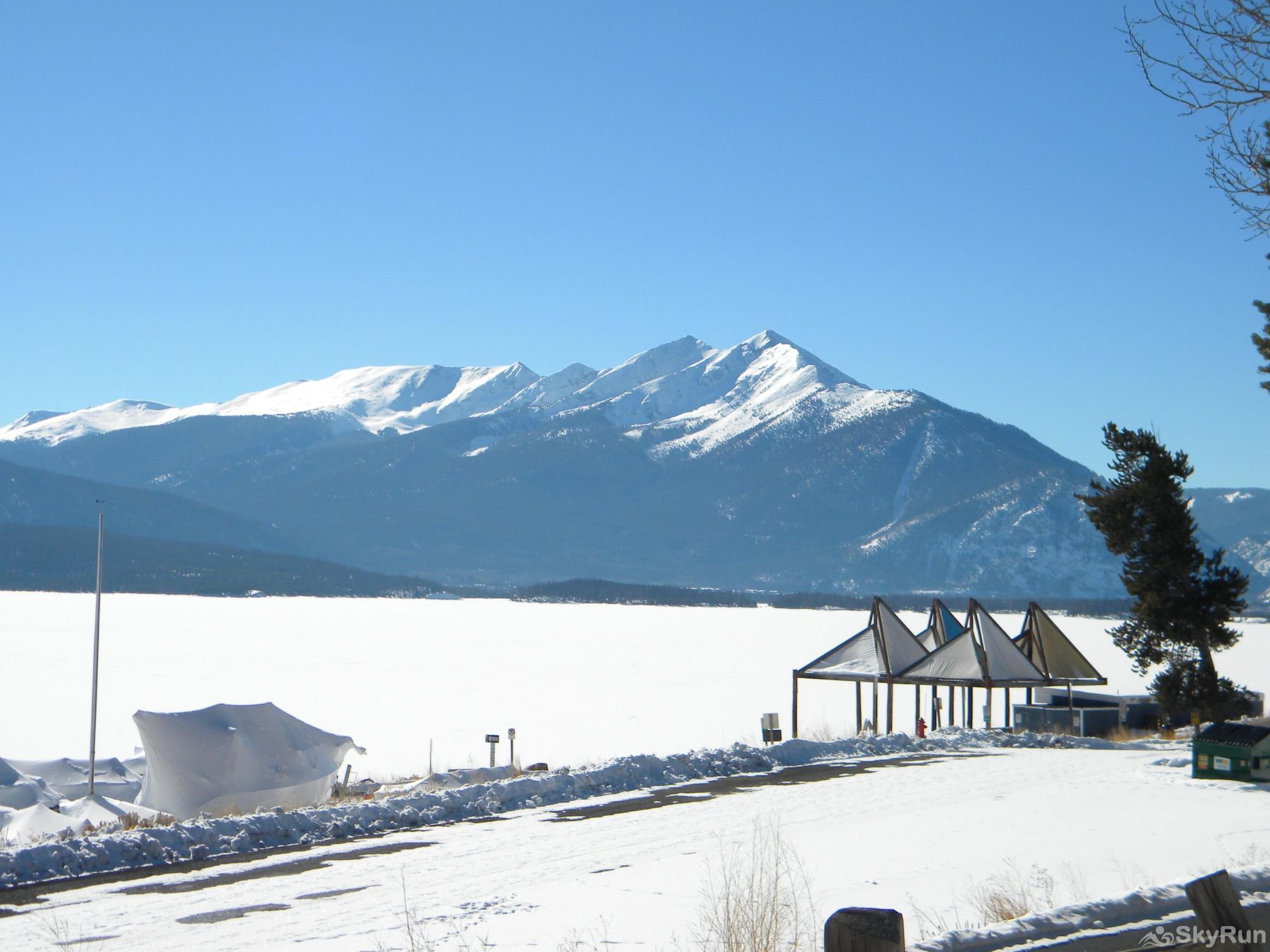 B202 WaterTower Place 2BR 3BA Snowshoe on Lake Dillon!