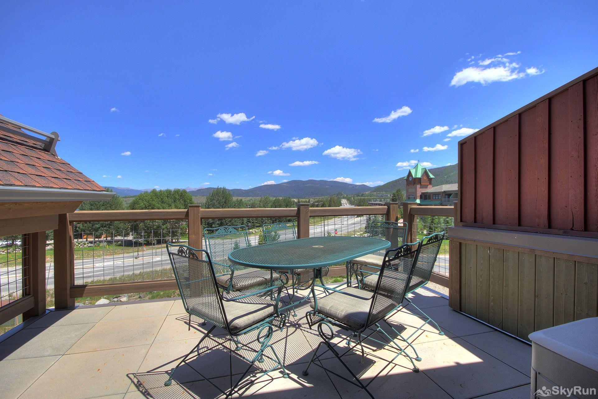 B201 WaterTower Place 3BR 3BA Private deck with stunning views
