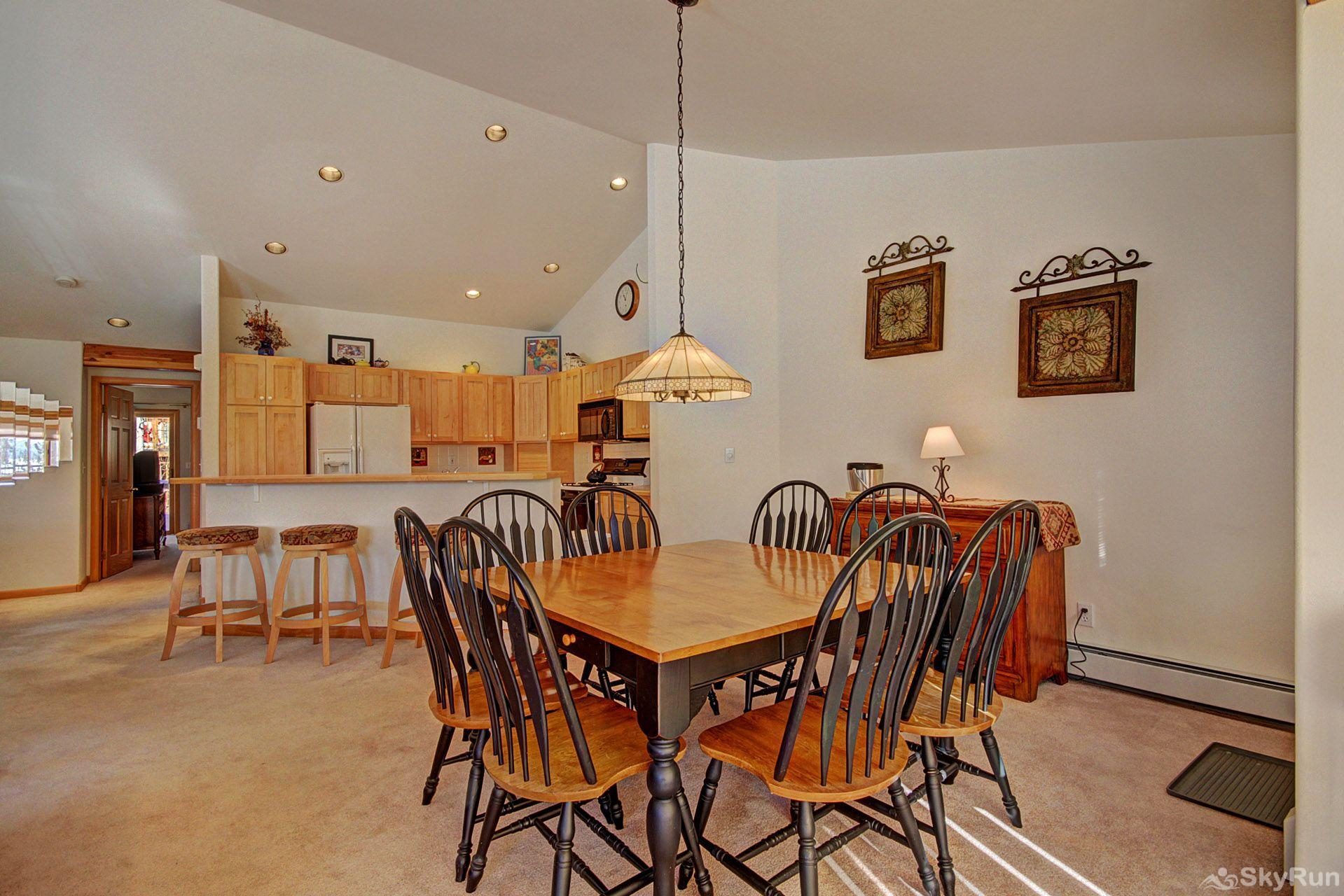 Sauterne Sanctuary 3BR 3BA Spacious Dining Area