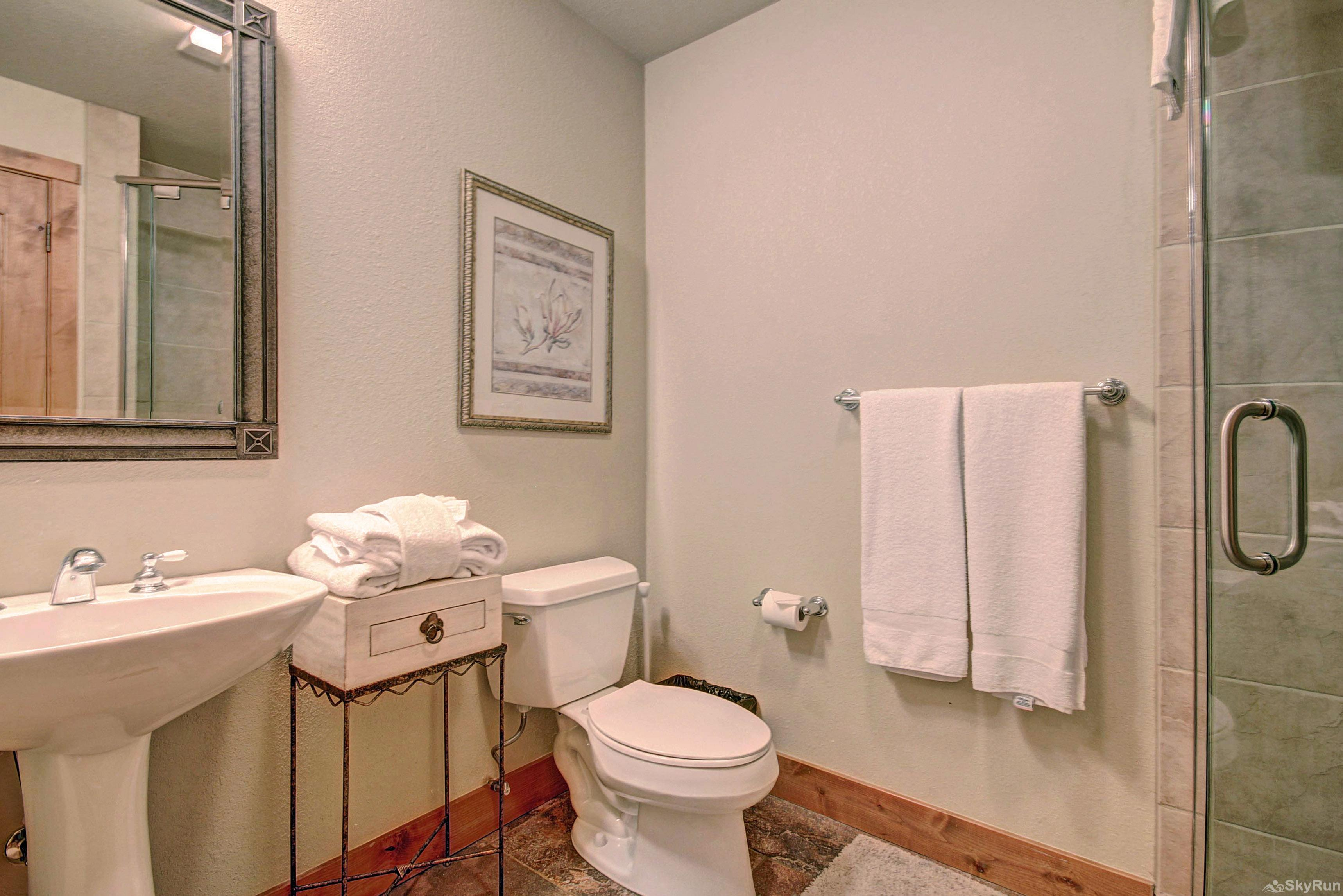 18 Autumn Brook Hall Bathroom