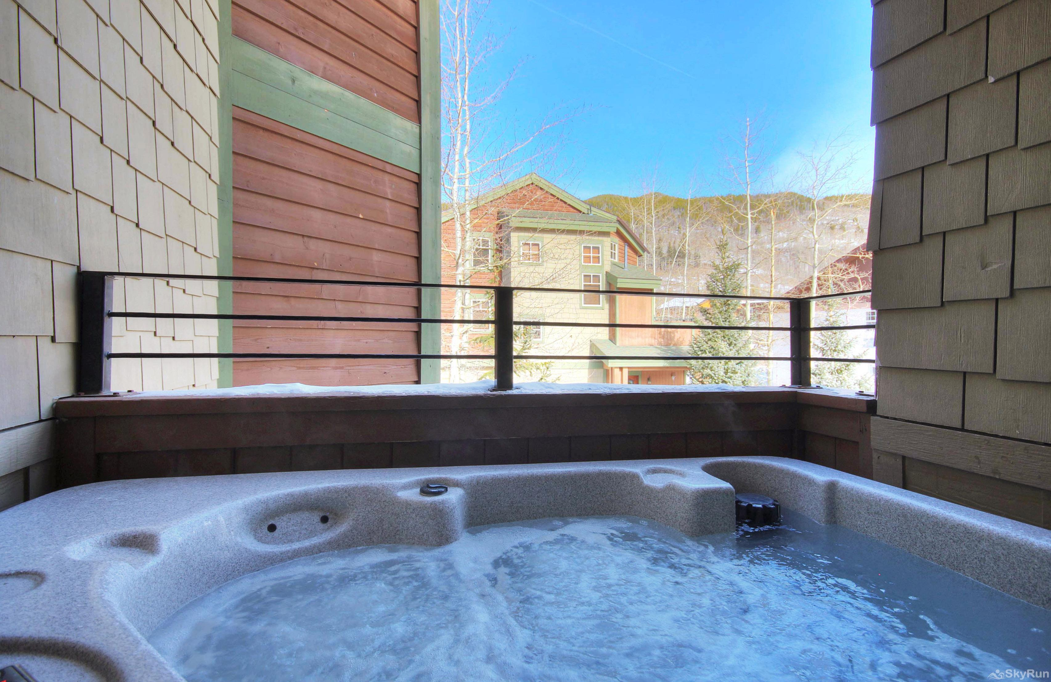 18 Autumn Brook Private Hot Tub
