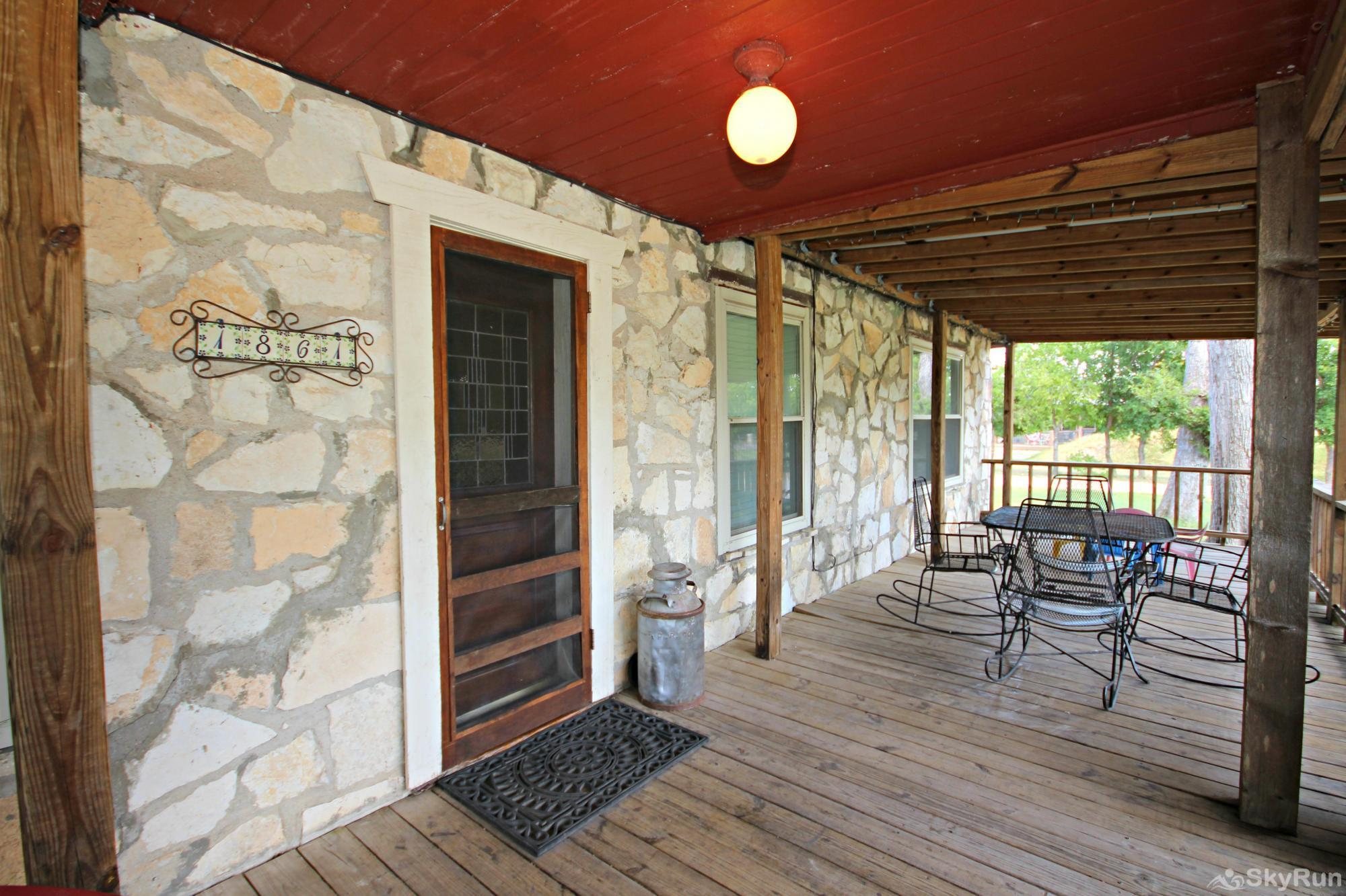 SHEPHERD'S REST Front Porch