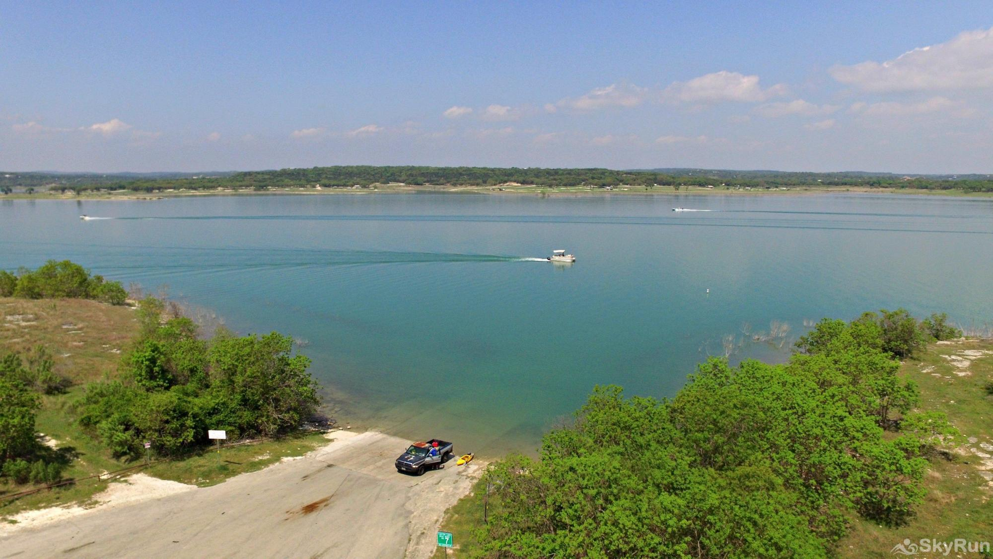 LAKEPOINT LOOKOUT Free, Public Boat Ramp Half Mile from Home