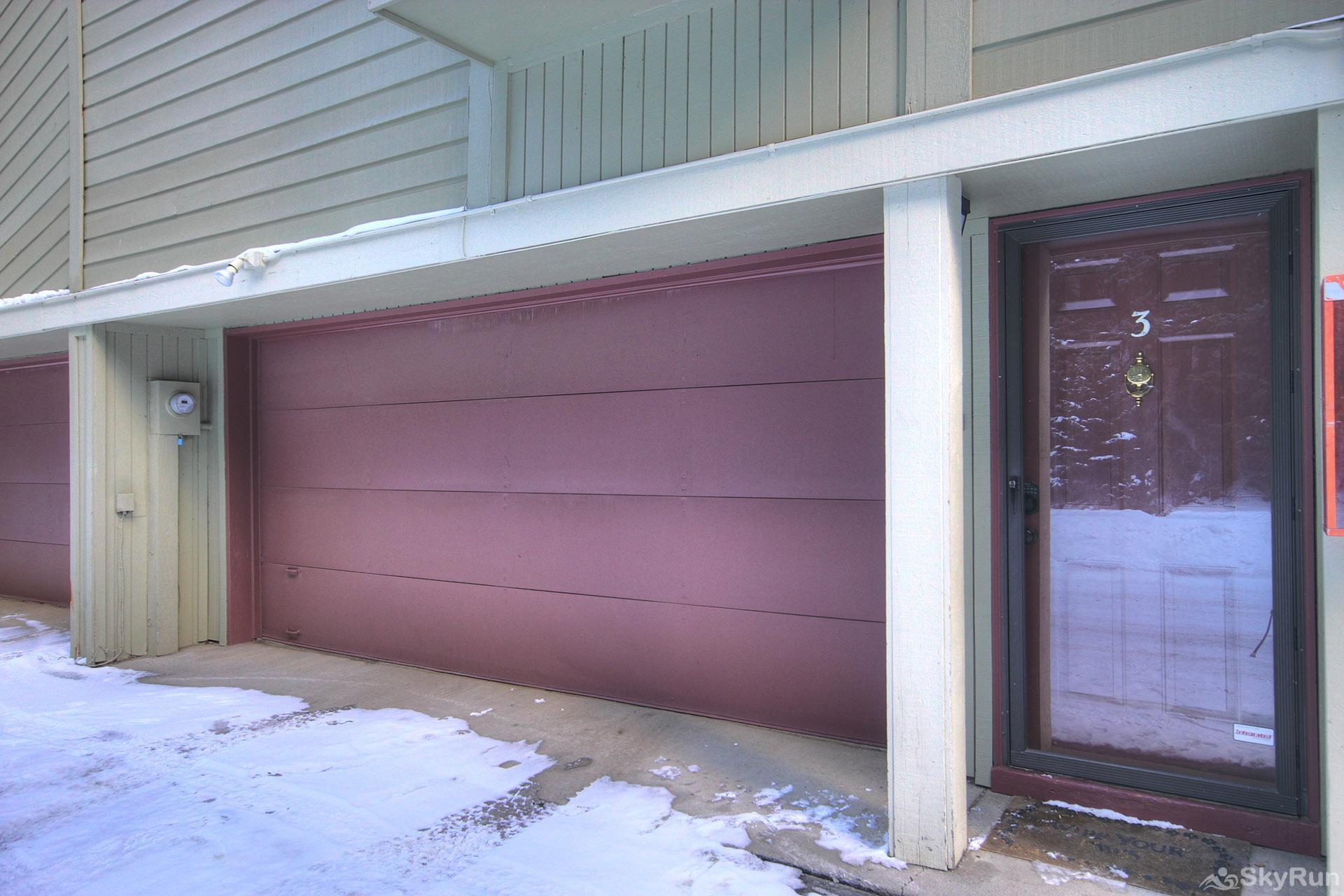 Trappeur 3 Garage Parking/Front Door