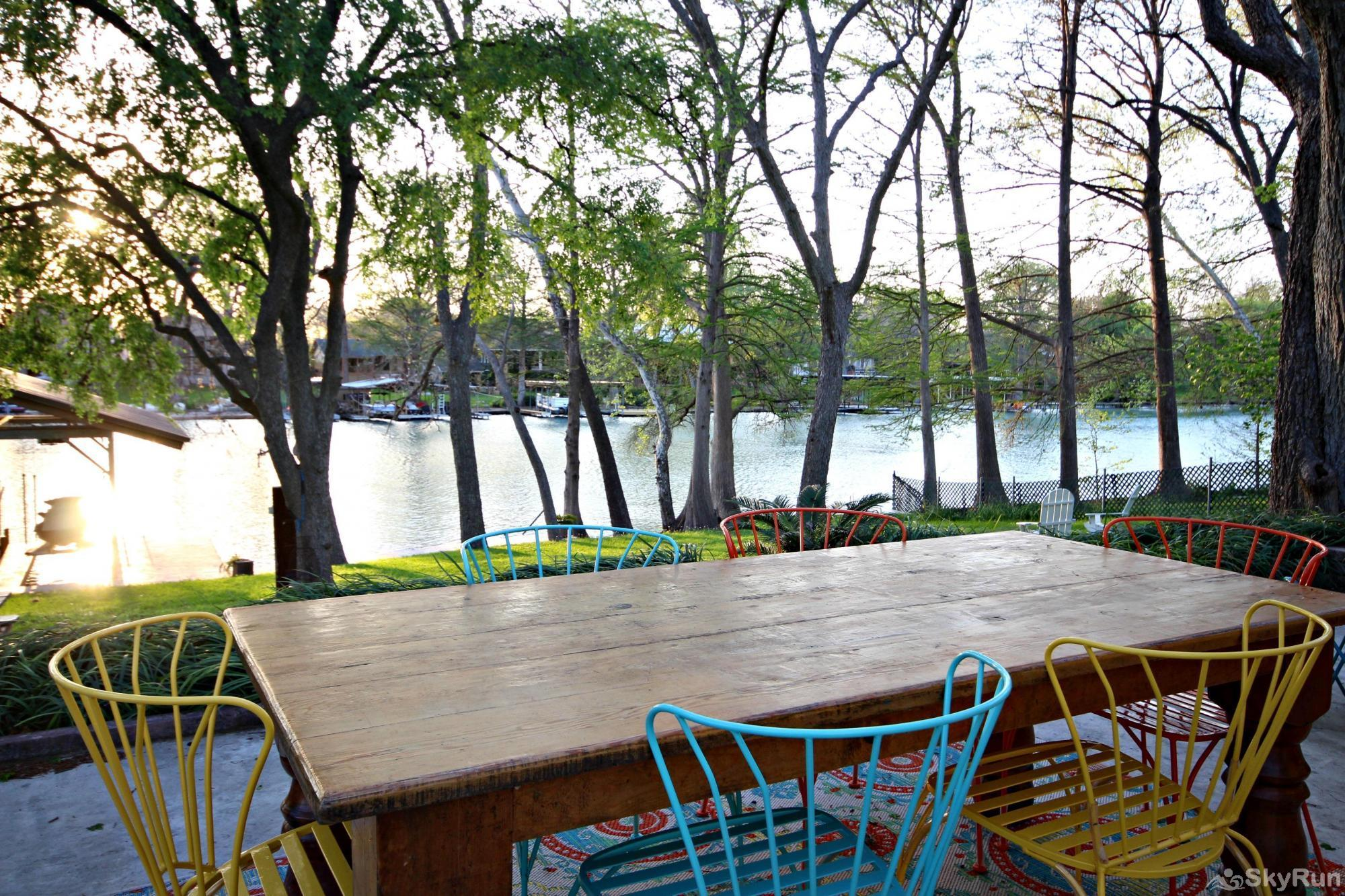 SUNSET LAKE HAUS Welcome to Lake Dunlap in New Braunfels
