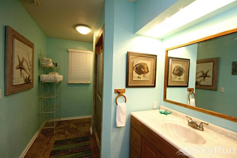 BLUES ESCAPE Hall Bath with Walk In Shower