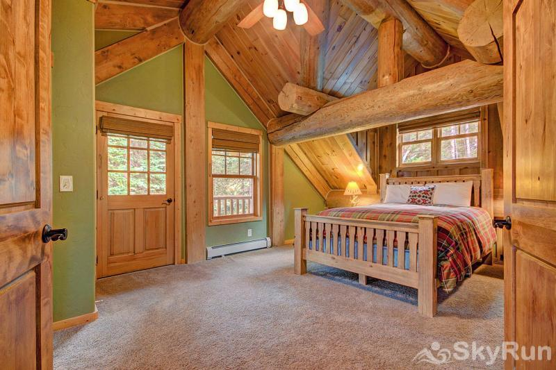 Timber Ridge Lodge Upstairs queen bedroom