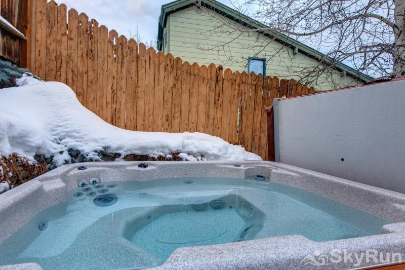 Upper Woodside 145 Luxury 3 Bedroom Private Hottub
