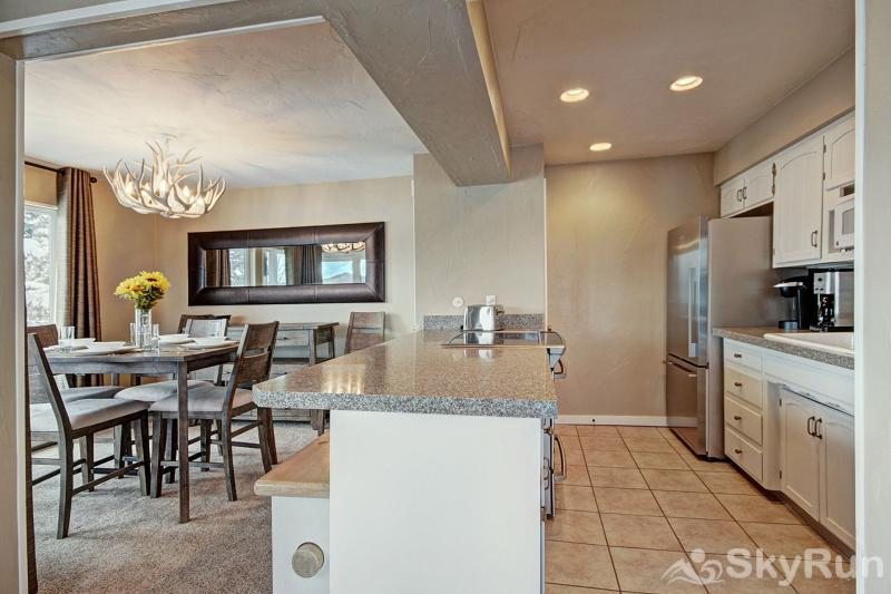A308 Lake Cliffe Kitchen & dining area