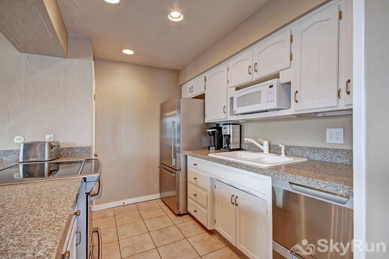A308 Lake Cliffe Remodeled kitchen with stainless steal appliances