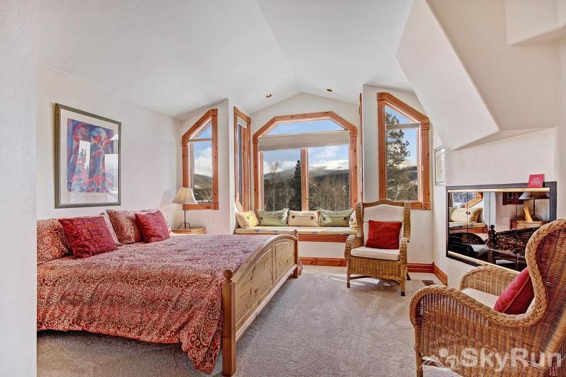 Dogwood Lodge Bedroom #2: Upstairs King bedroom with large windows and TV