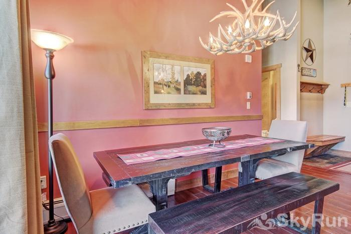 2317 Red Hawk Lodge Dining Room